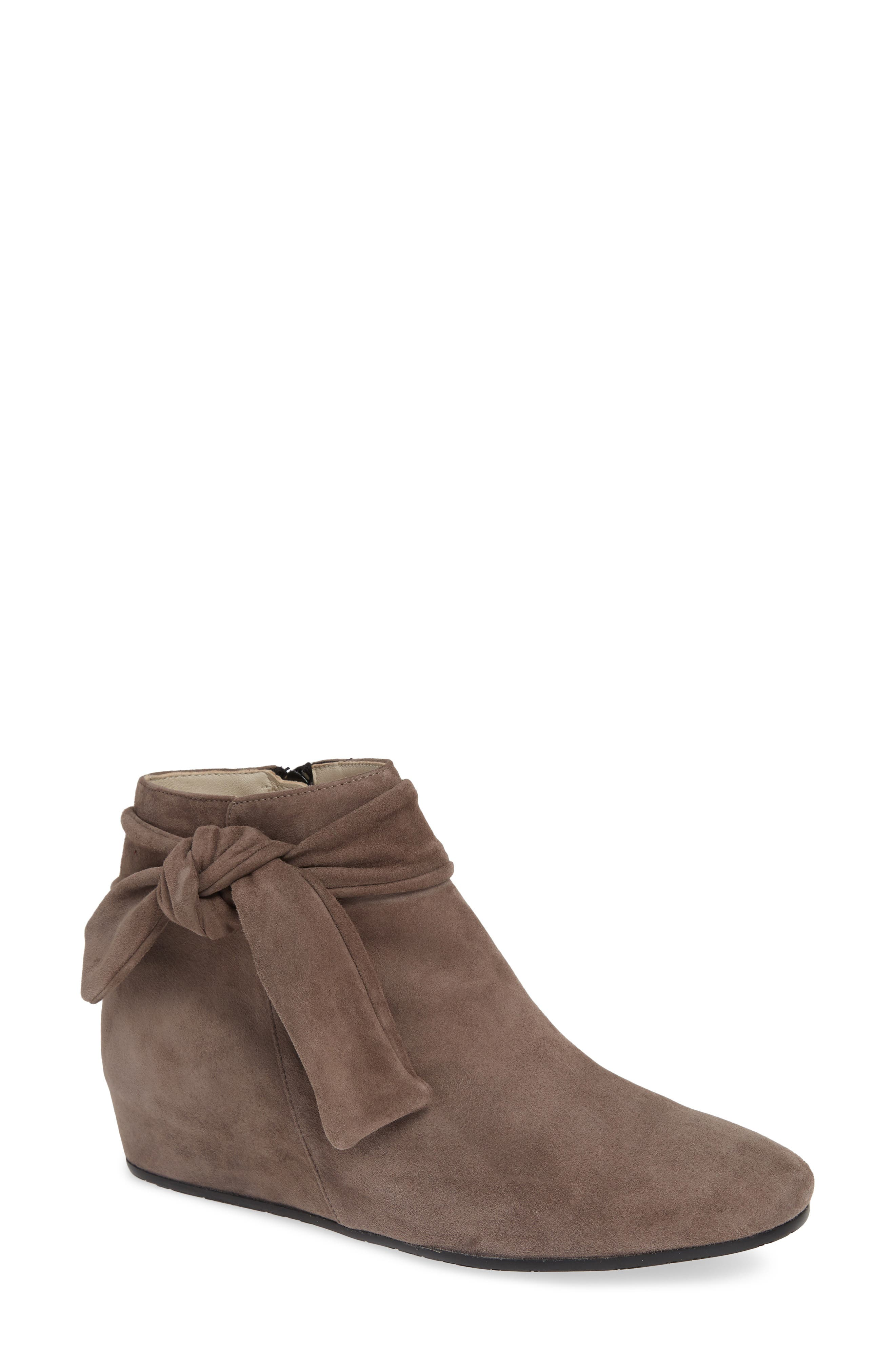 AMALFI BY RANGONI Vicenza Bootie in Dark Taupe Suede