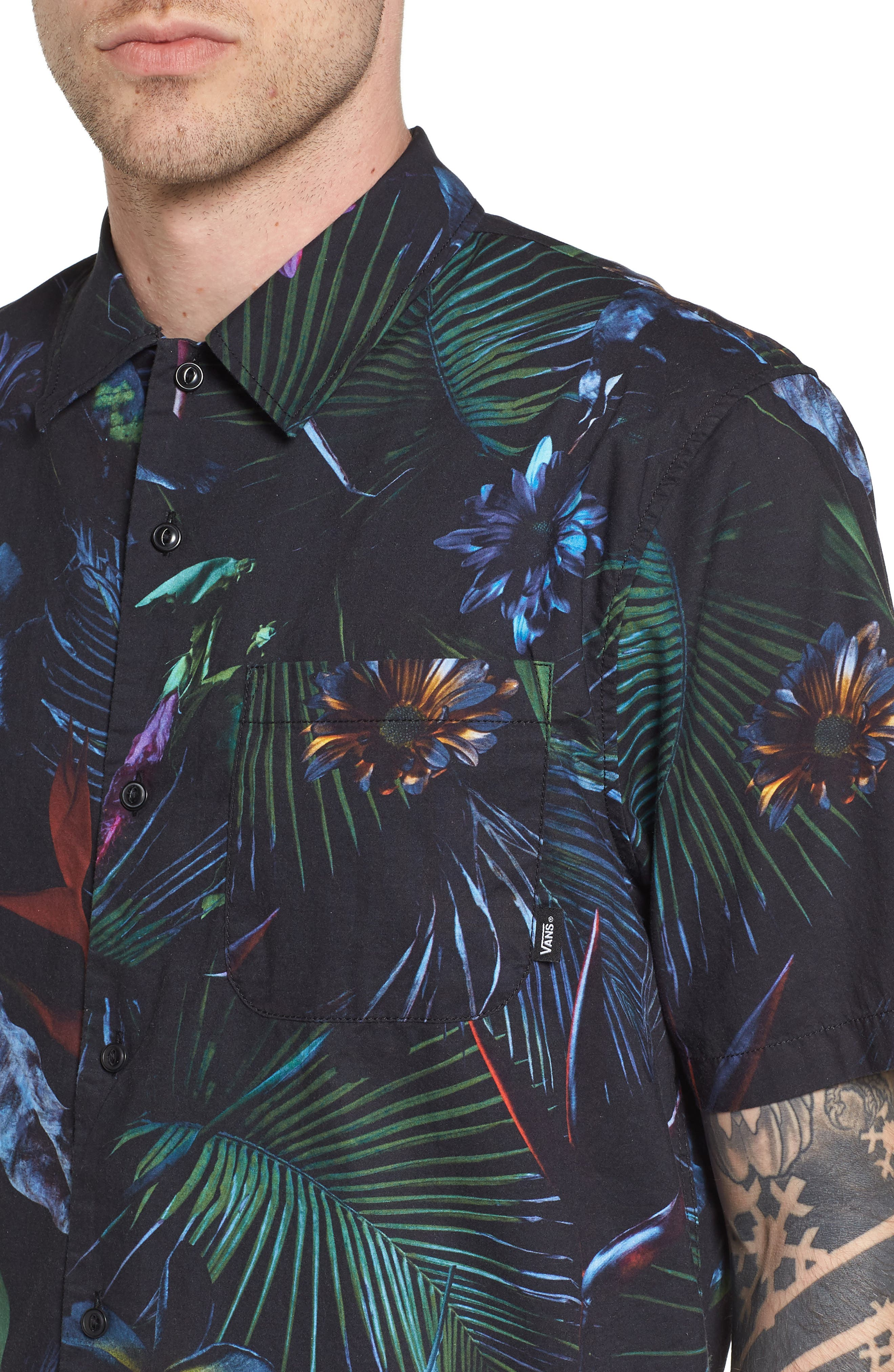 Neo Jungle Short Sleeve Shirt,                             Alternate thumbnail 4, color,                             001