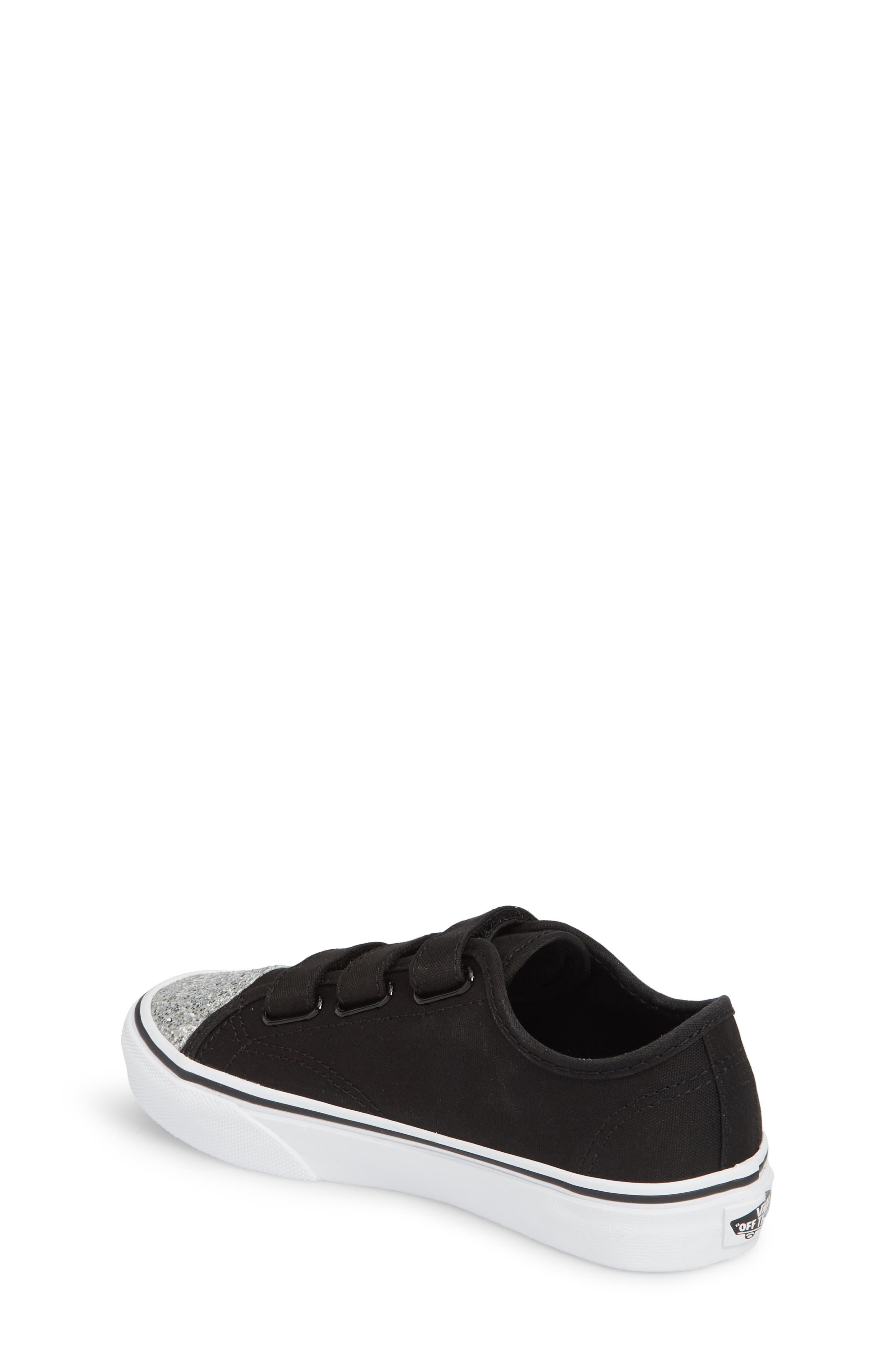 Style 23 V Sneaker,                             Alternate thumbnail 2, color,                             001