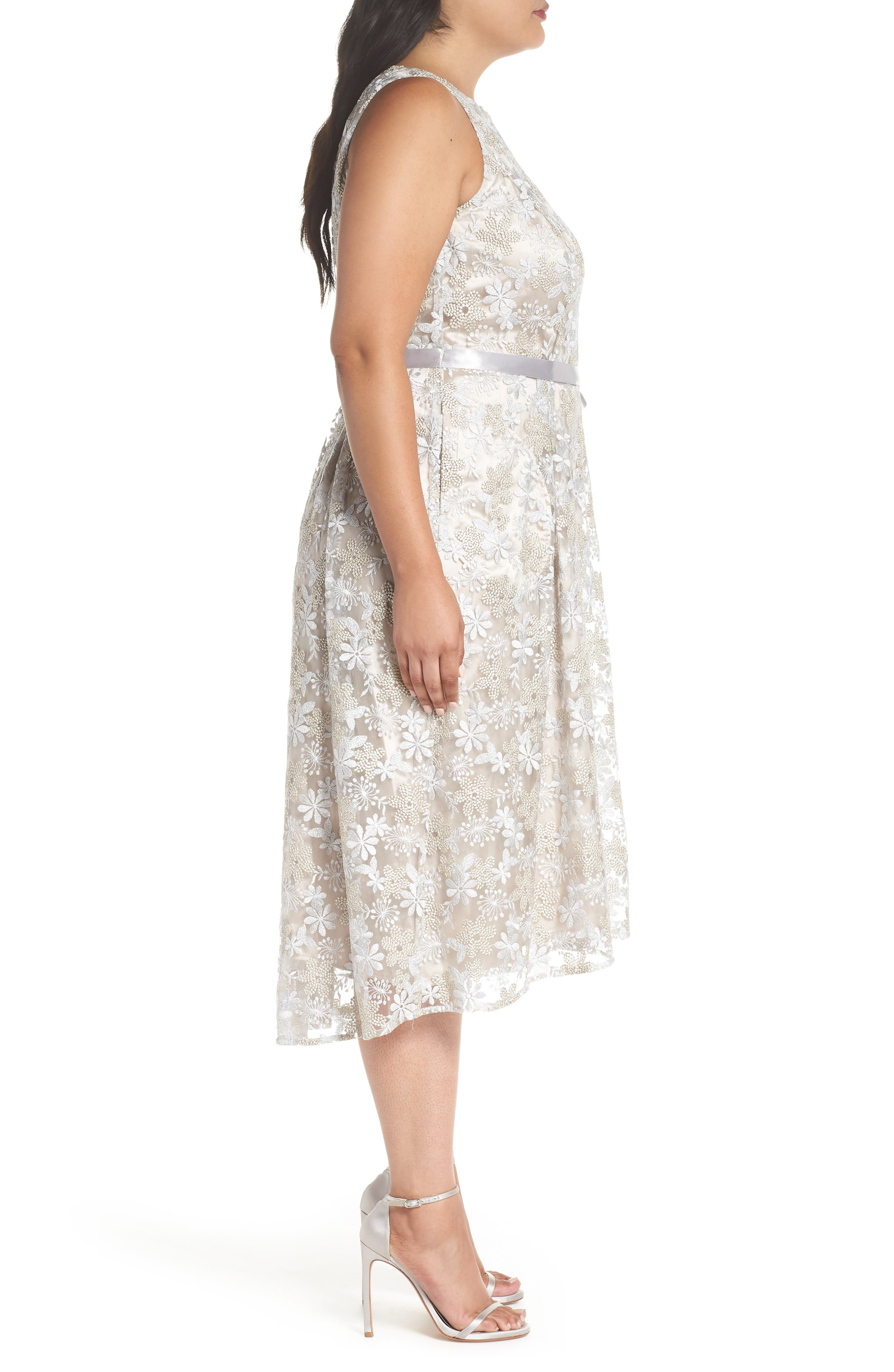 Sleeveless Embroidered Midi Dress,                             Alternate thumbnail 3, color,                             048