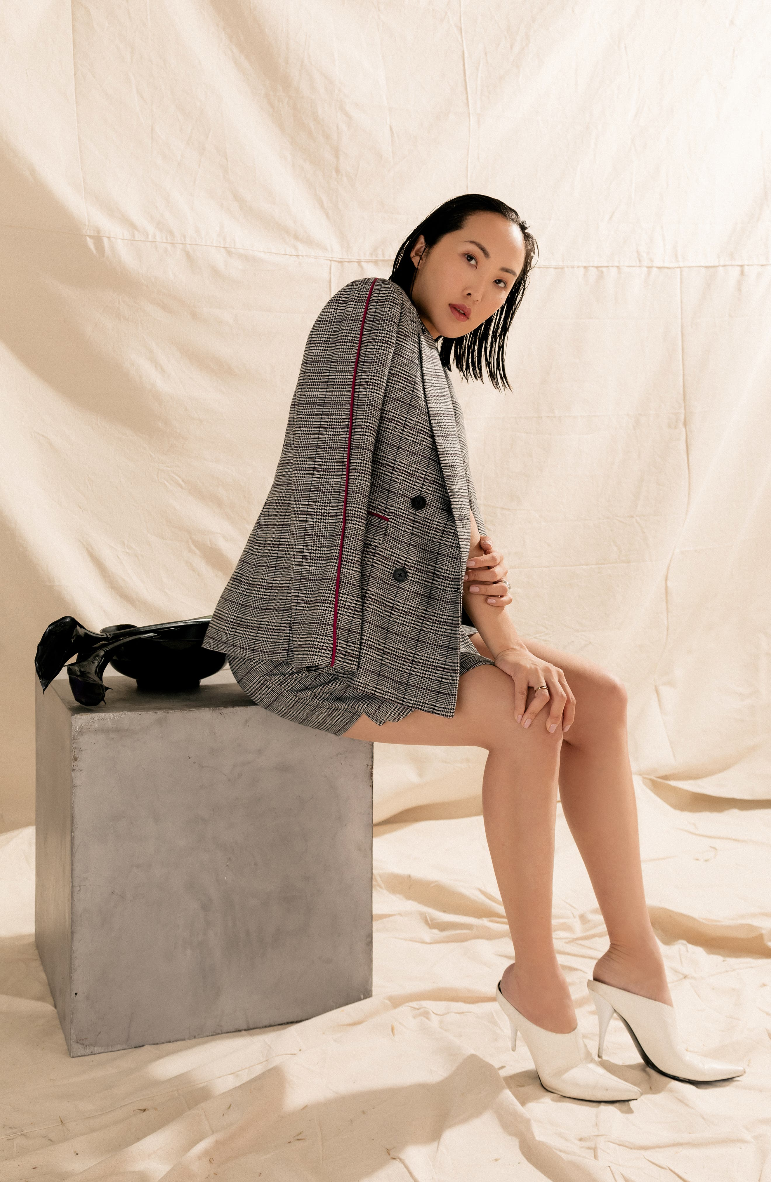 Chriselle Lim Bianca Piped Houndstooth Blazer,                             Alternate thumbnail 2, color,                             GREY PLAID