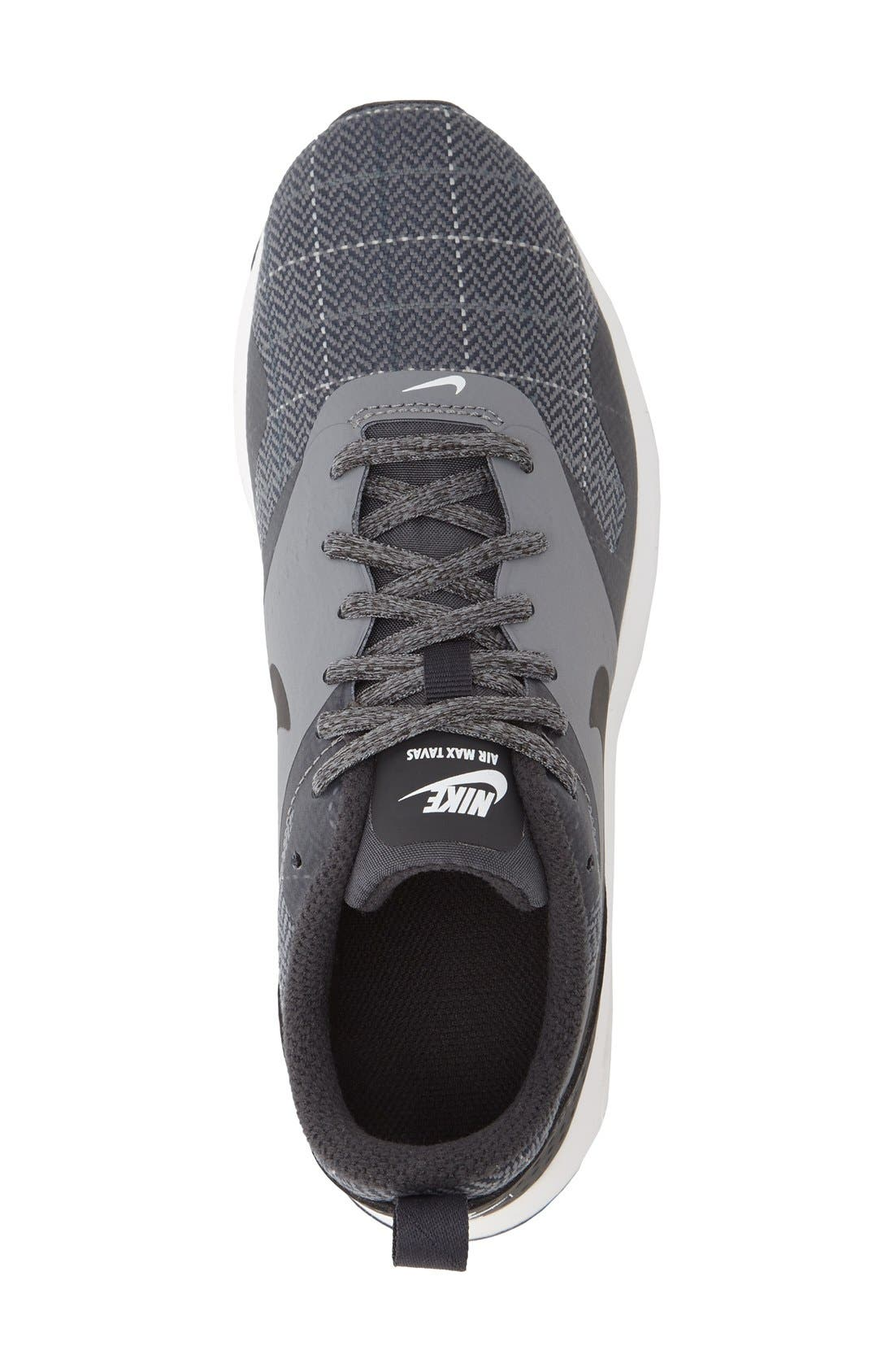 Air Max Tavas Sneaker,                             Alternate thumbnail 4, color,                             001