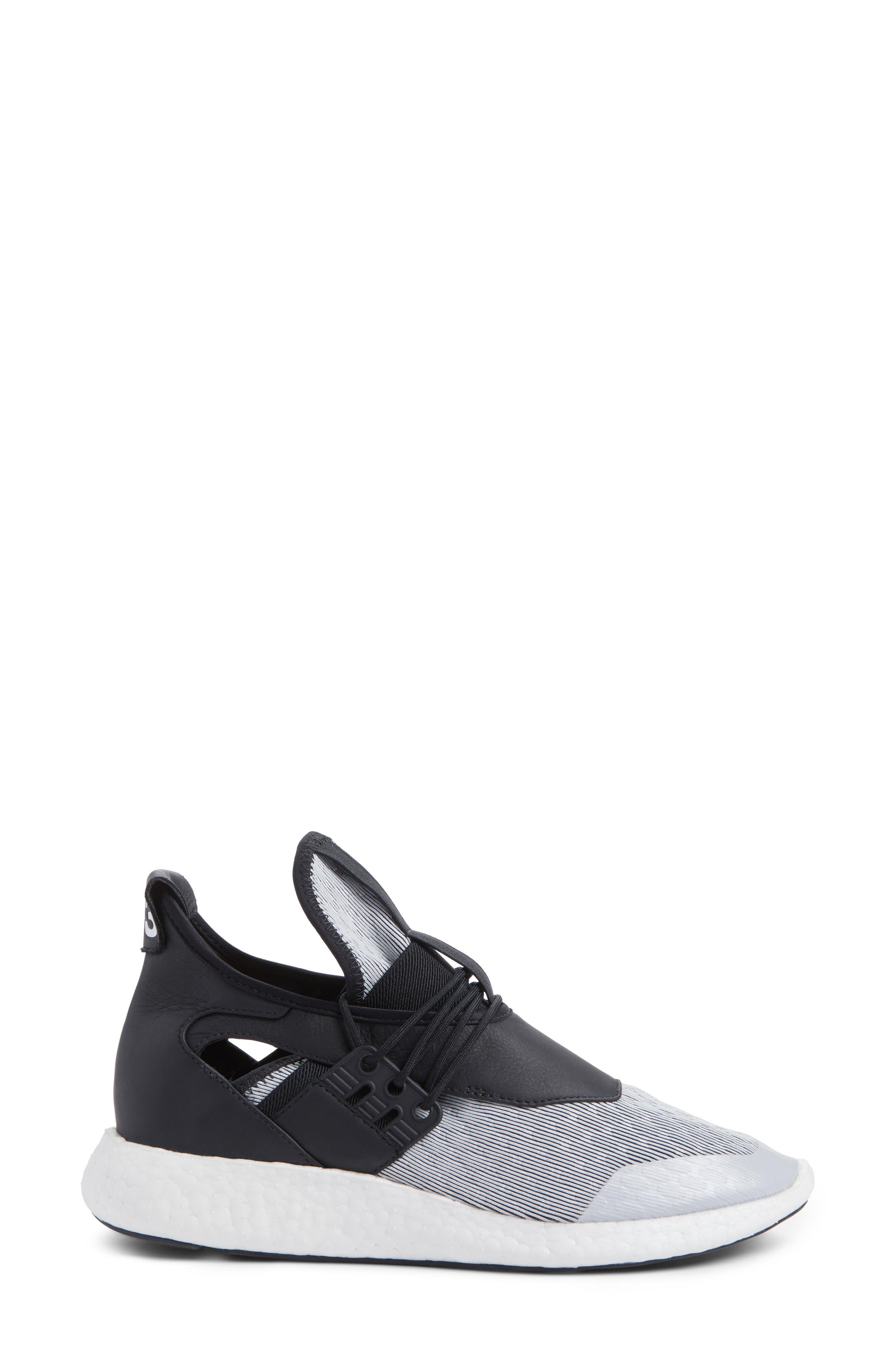 Elle Run Sneaker,                             Alternate thumbnail 3, color,                             021