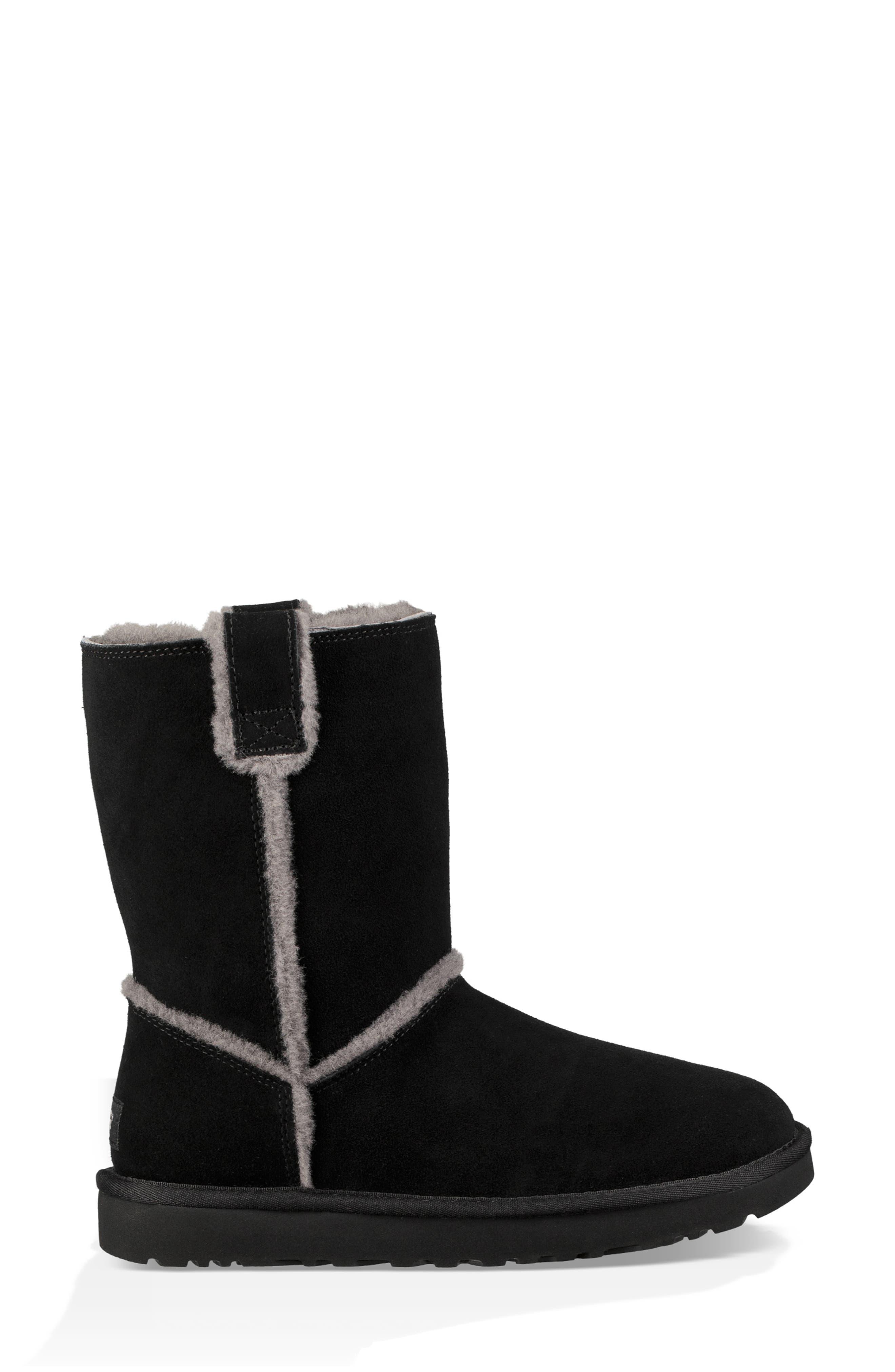 Classic Short Spill Seam Genuine Shearling Boot,                             Alternate thumbnail 3, color,                             BLACK