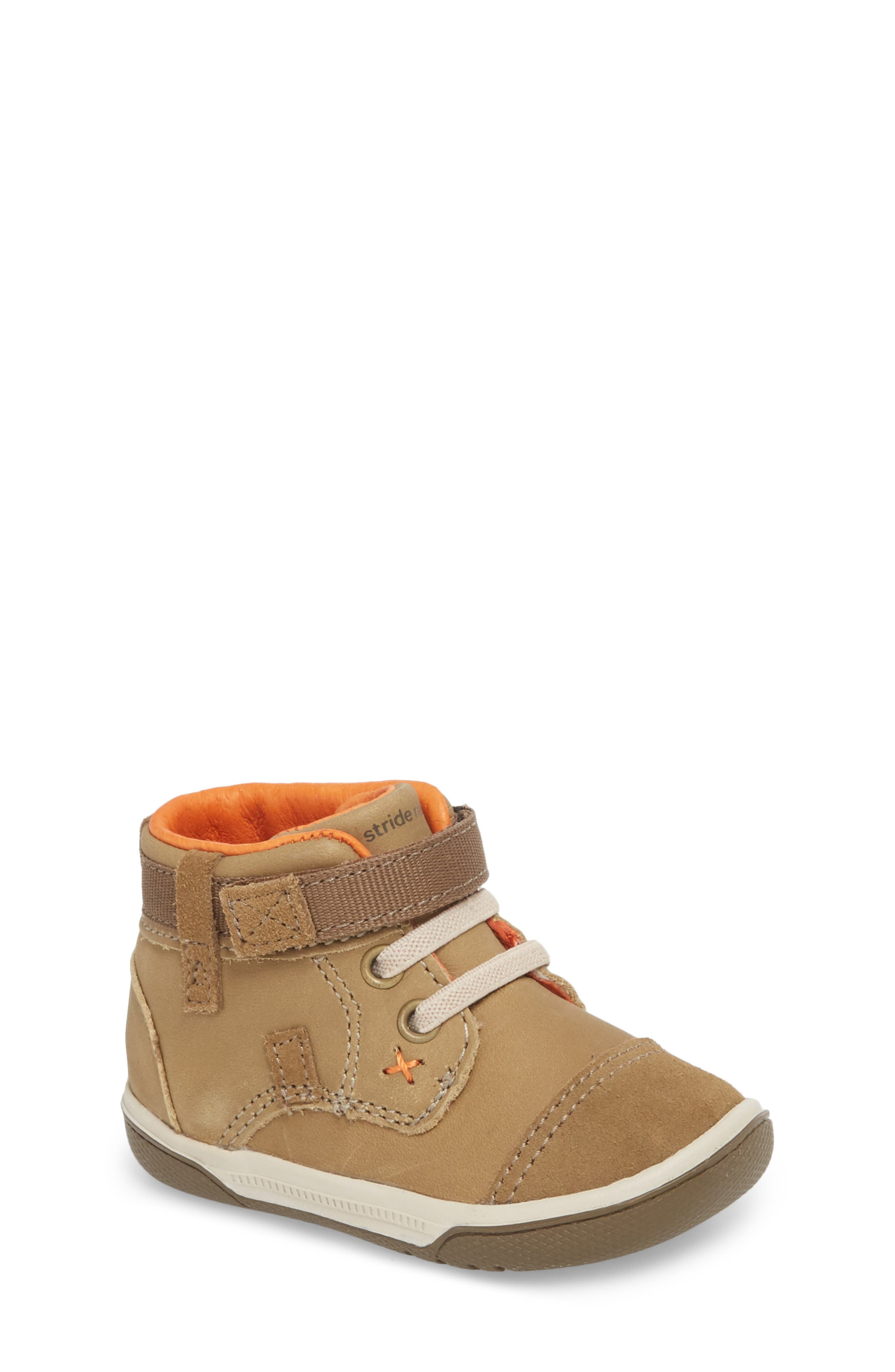 Gus Crib Bootie,                         Main,                         color, BROWN