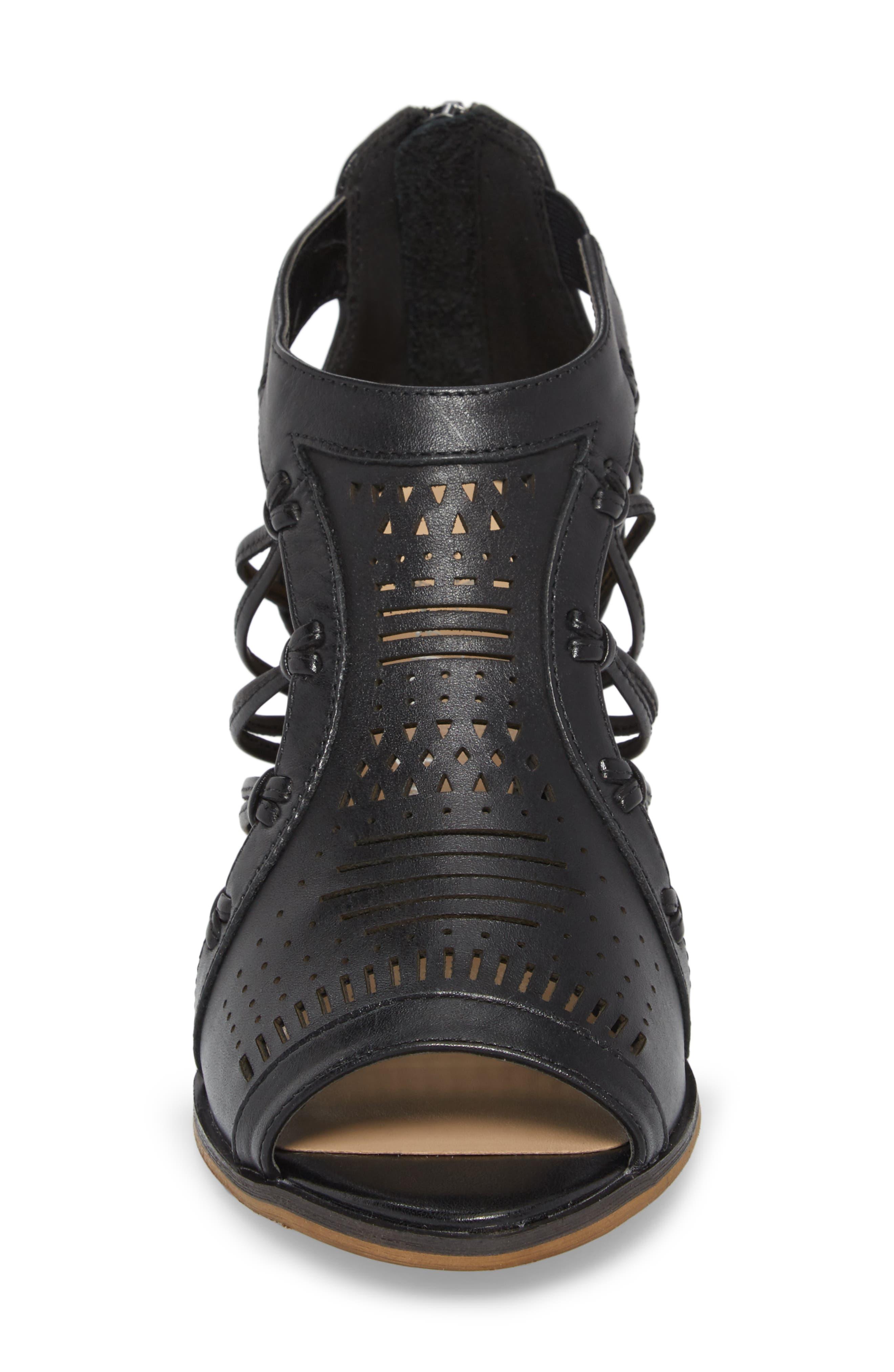 Kortez Block Heel Sandal,                             Alternate thumbnail 4, color,                             BLACK LEATHER