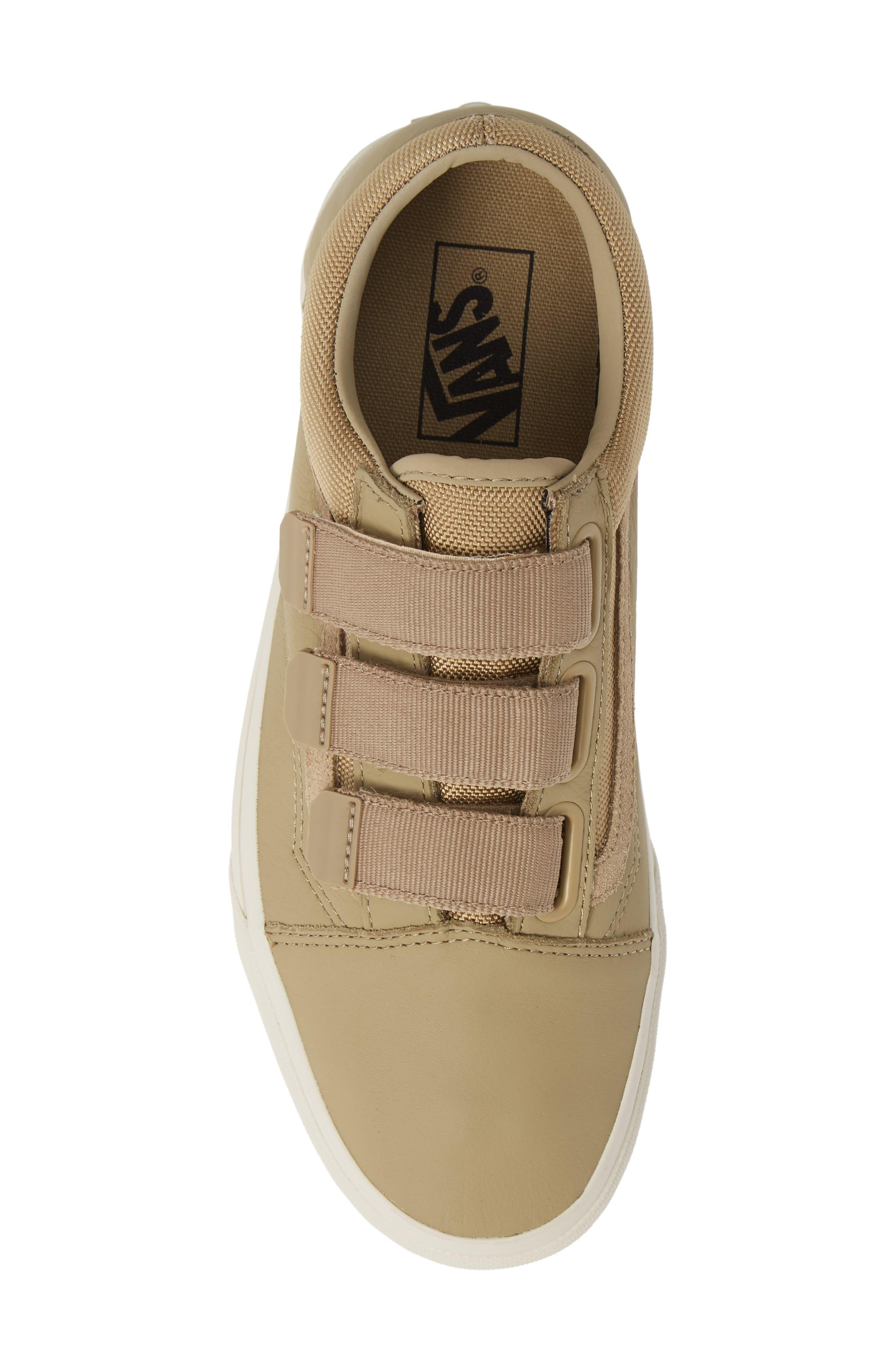 Old Skool V Sneaker,                             Alternate thumbnail 5, color,                             260