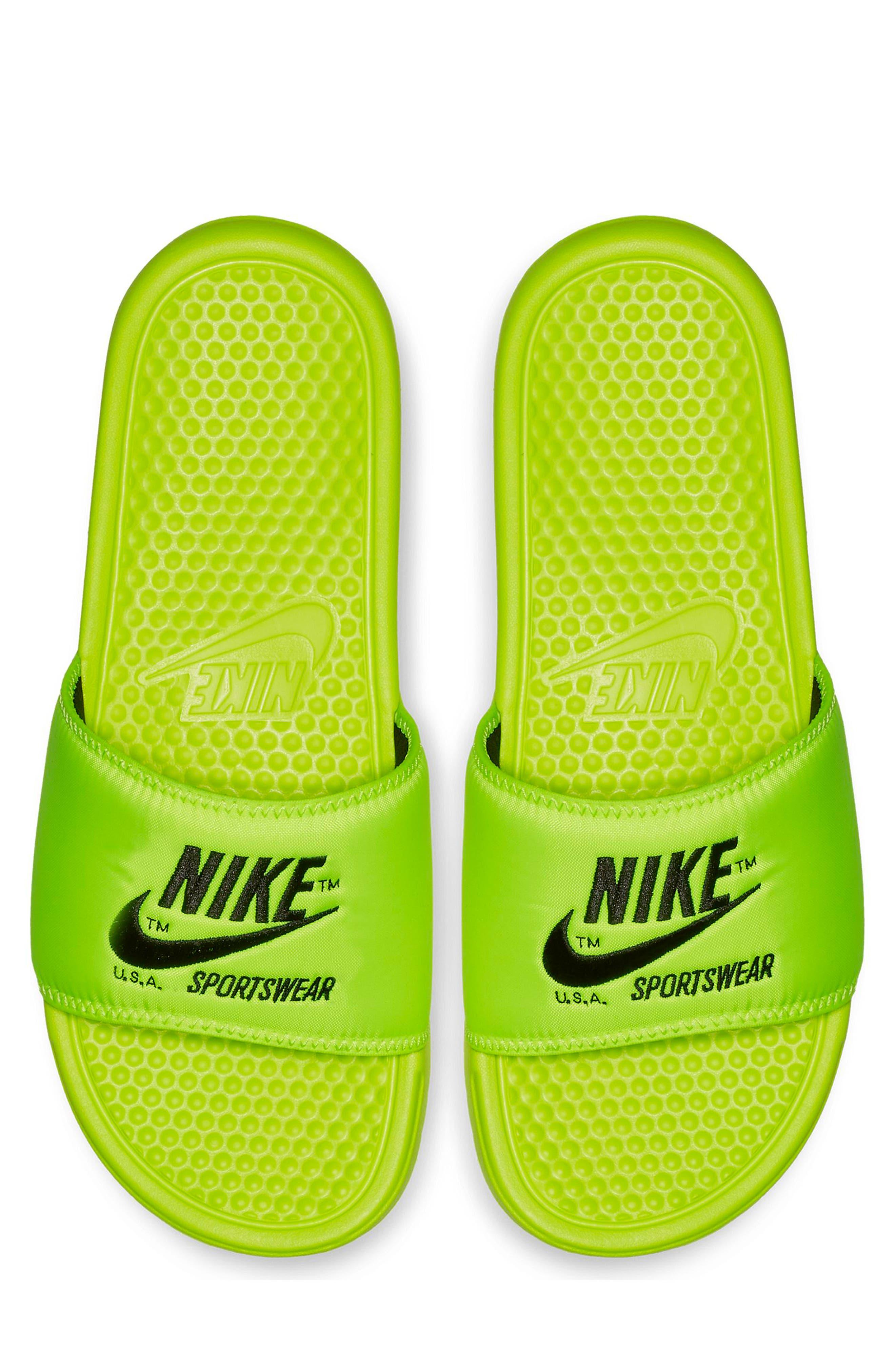 Nike Benassi Jdi Slide Sandal / 4 Men