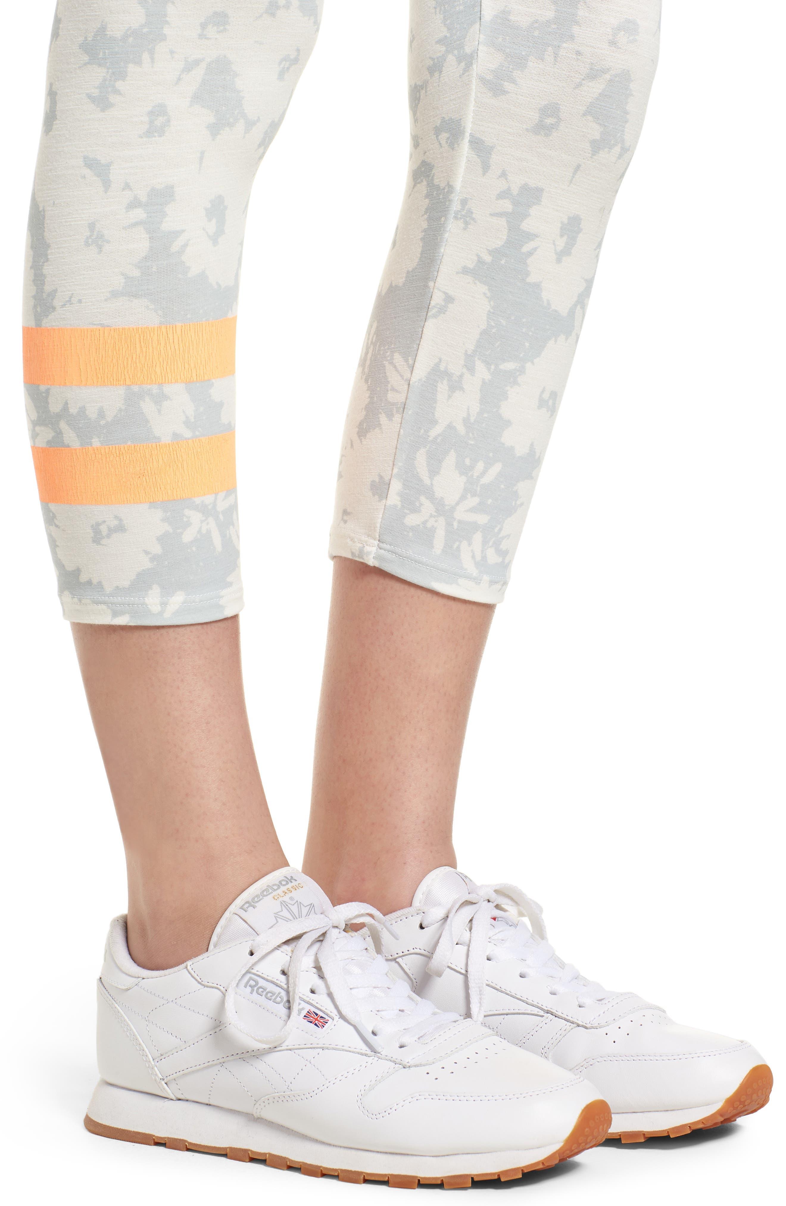 Stripe Print Capri Yoga Pants,                             Alternate thumbnail 4, color,                             451