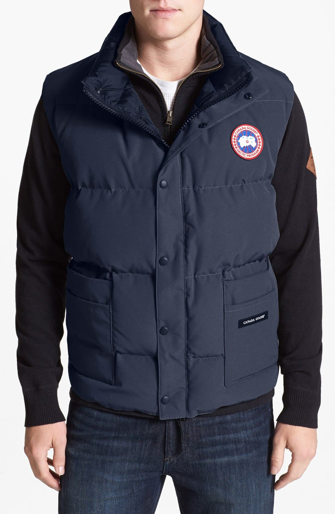 'Freestyle' Water Resistant Regular Fit Down Vest,                         Main,                         color, NAVY