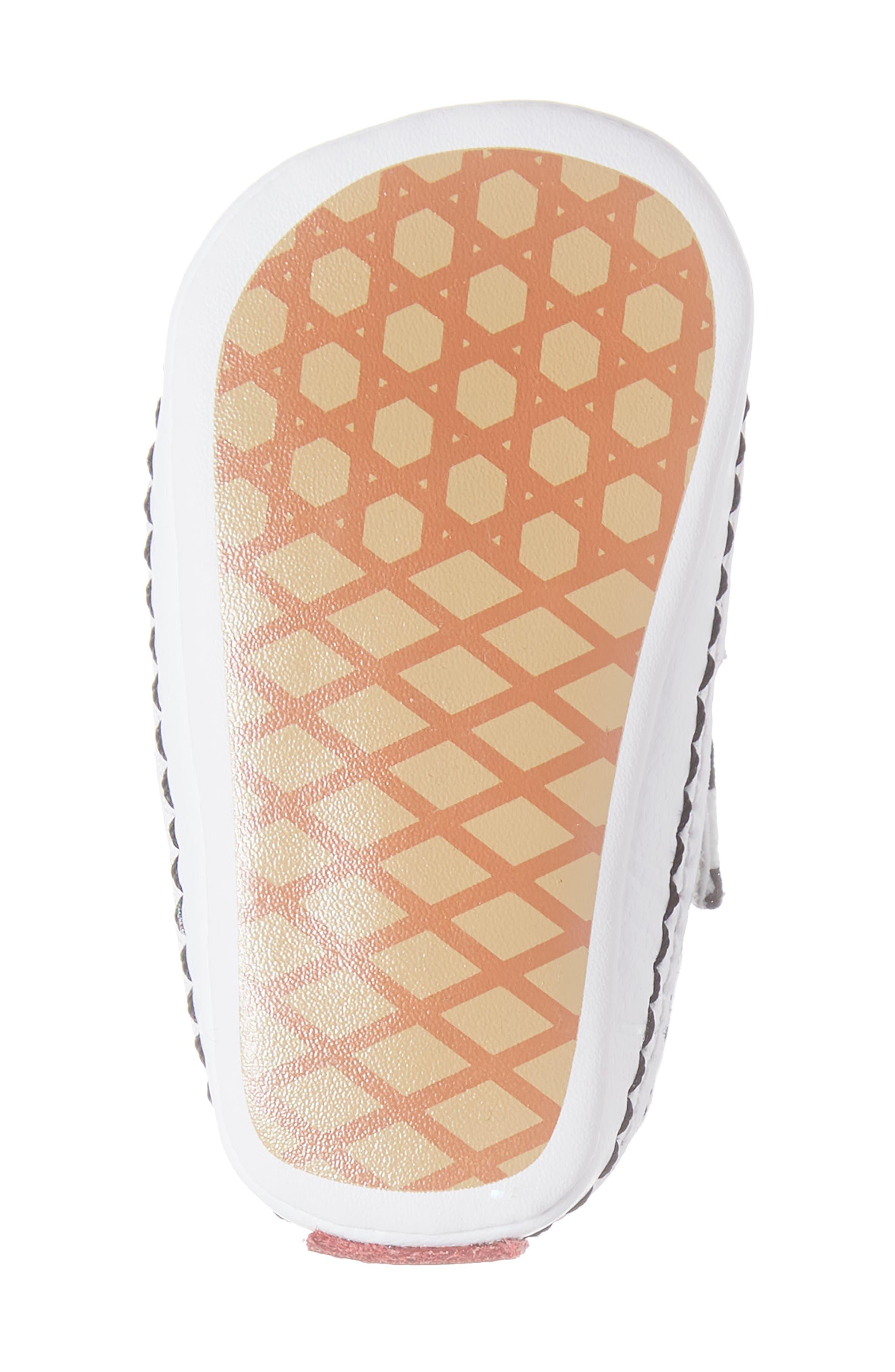 Slip-On V Crib Shoe,                             Alternate thumbnail 6, color,                             BLACK/ TRUE WHITE TEXTILE