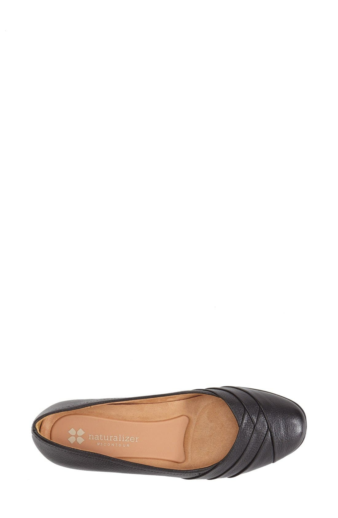 NATURALIZER,                             'Jaye' Ballet Flat,                             Alternate thumbnail 3, color,                             001