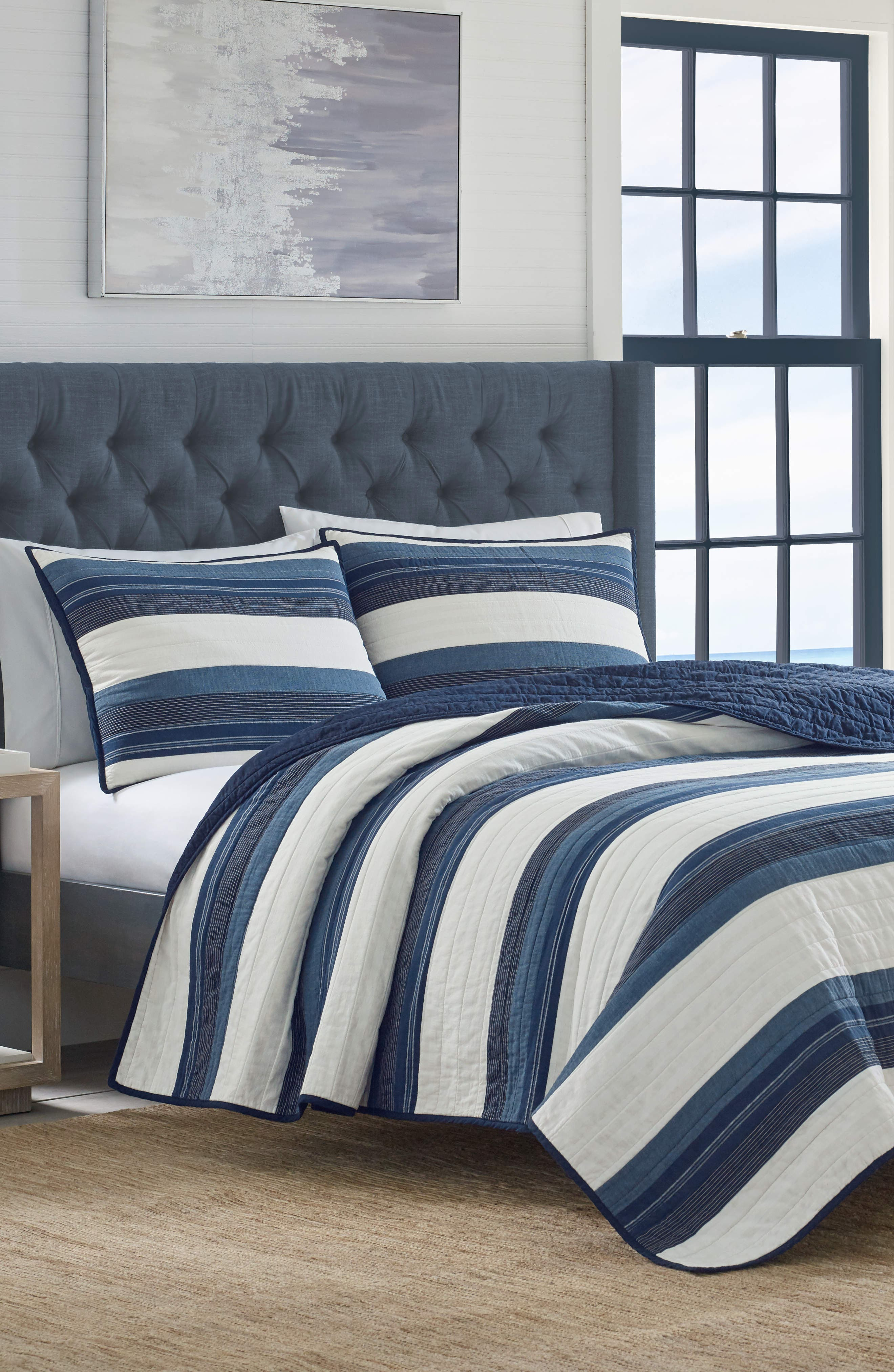Briars Quilt,                         Main,                         color, NAVY