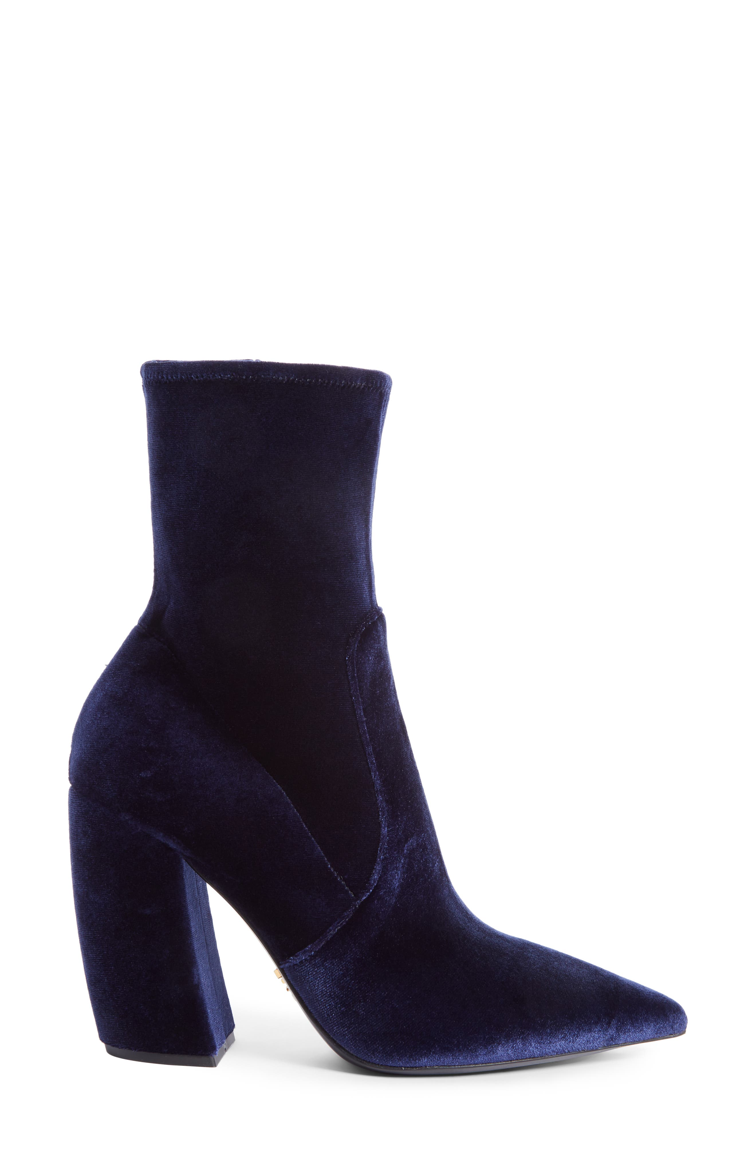 Block Heel Bootie,                             Alternate thumbnail 3, color,