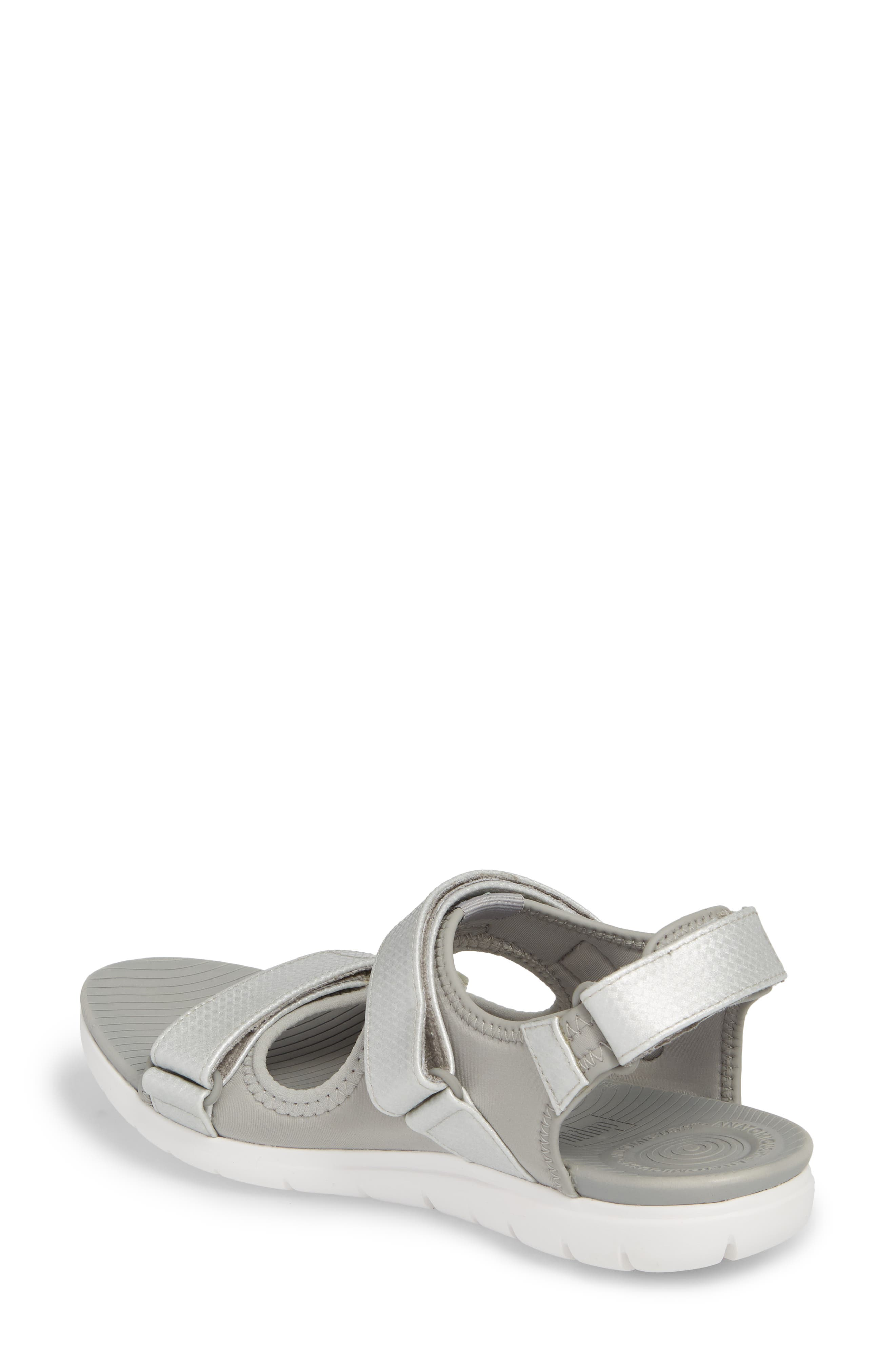 FitfFlop Neoflex<sup>™</sup> Back Strap Sandal,                             Alternate thumbnail 2, color,                             SOFT GREY/ SILVER LEATHER