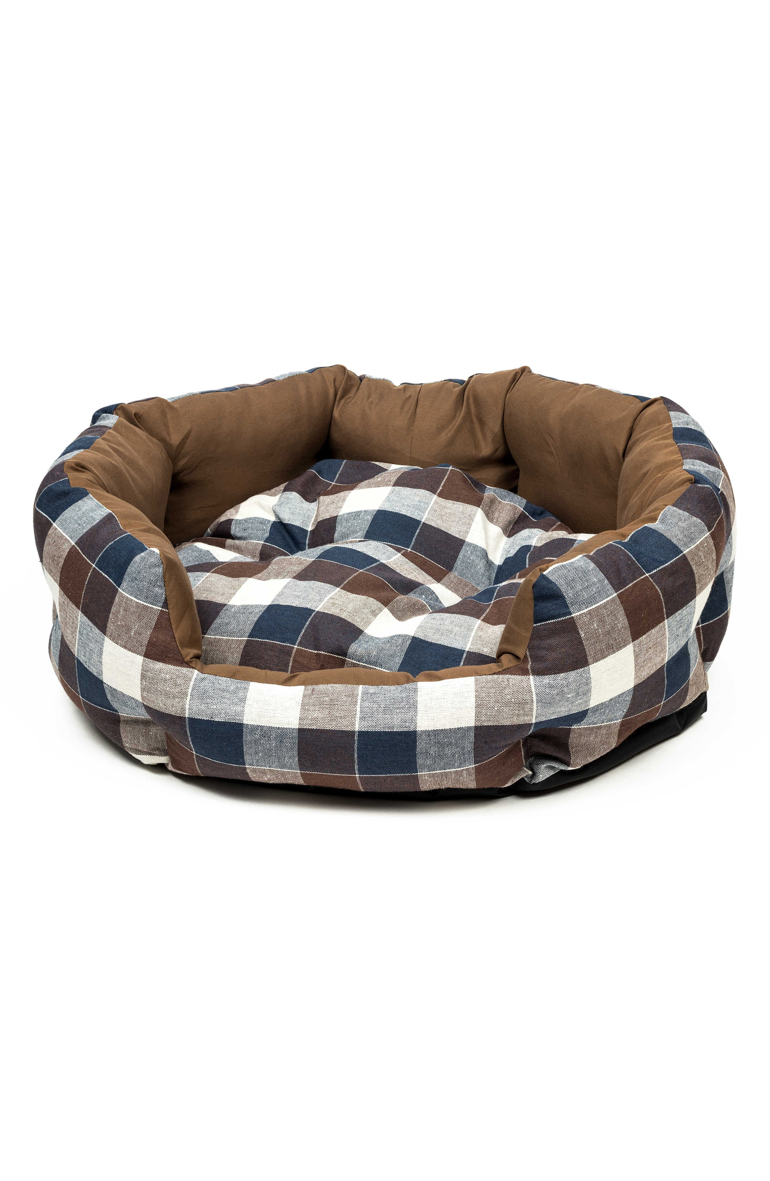 Hasley Round Pet Bed,                         Main,                         color, CHOCOLATE