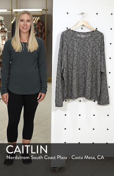 Shape Extended Day Sweatshirt, sales video thumbnail