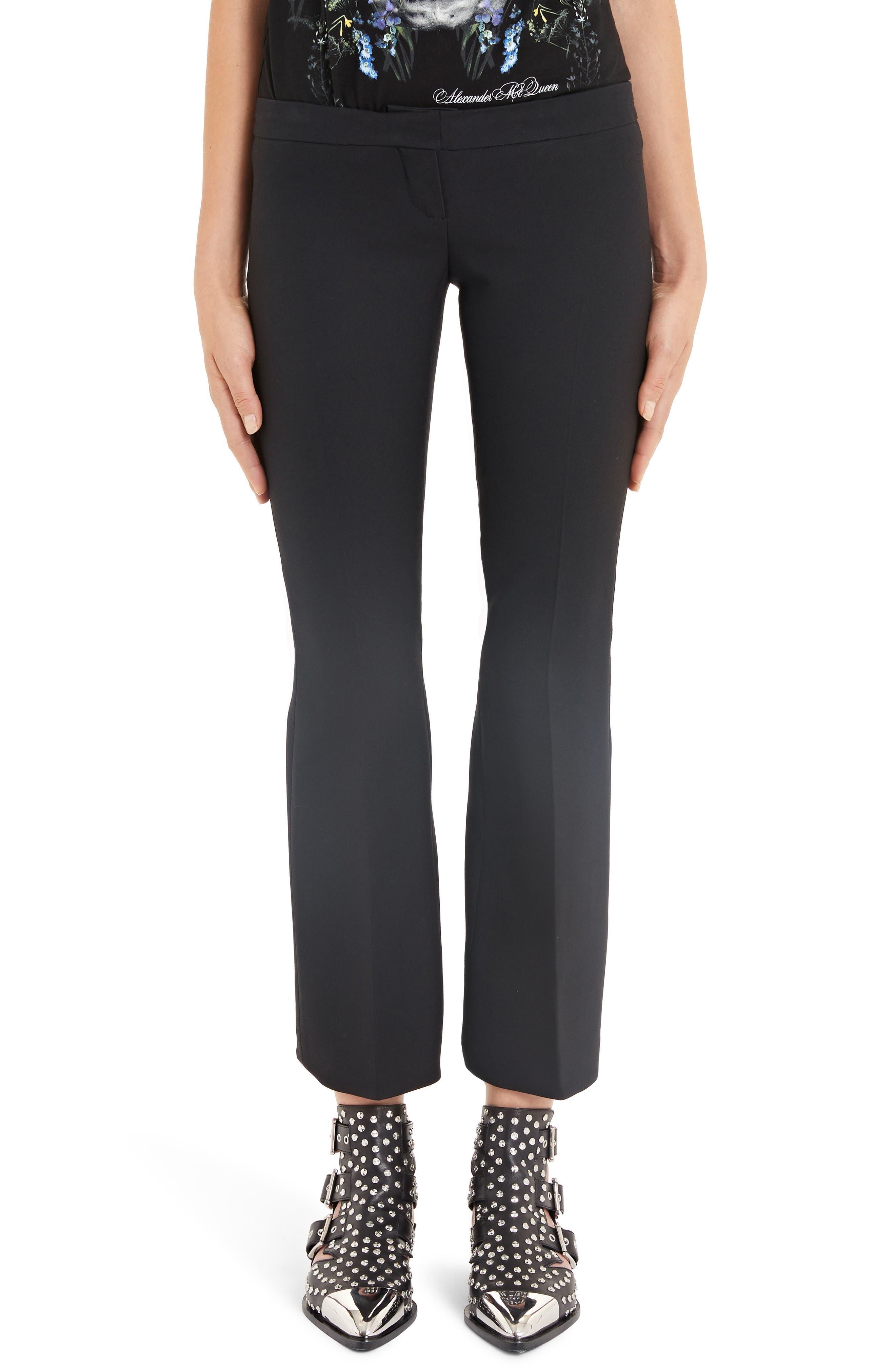 Alexander Mcqueen Pleated Crop Flare Pants, 8 IT - Black