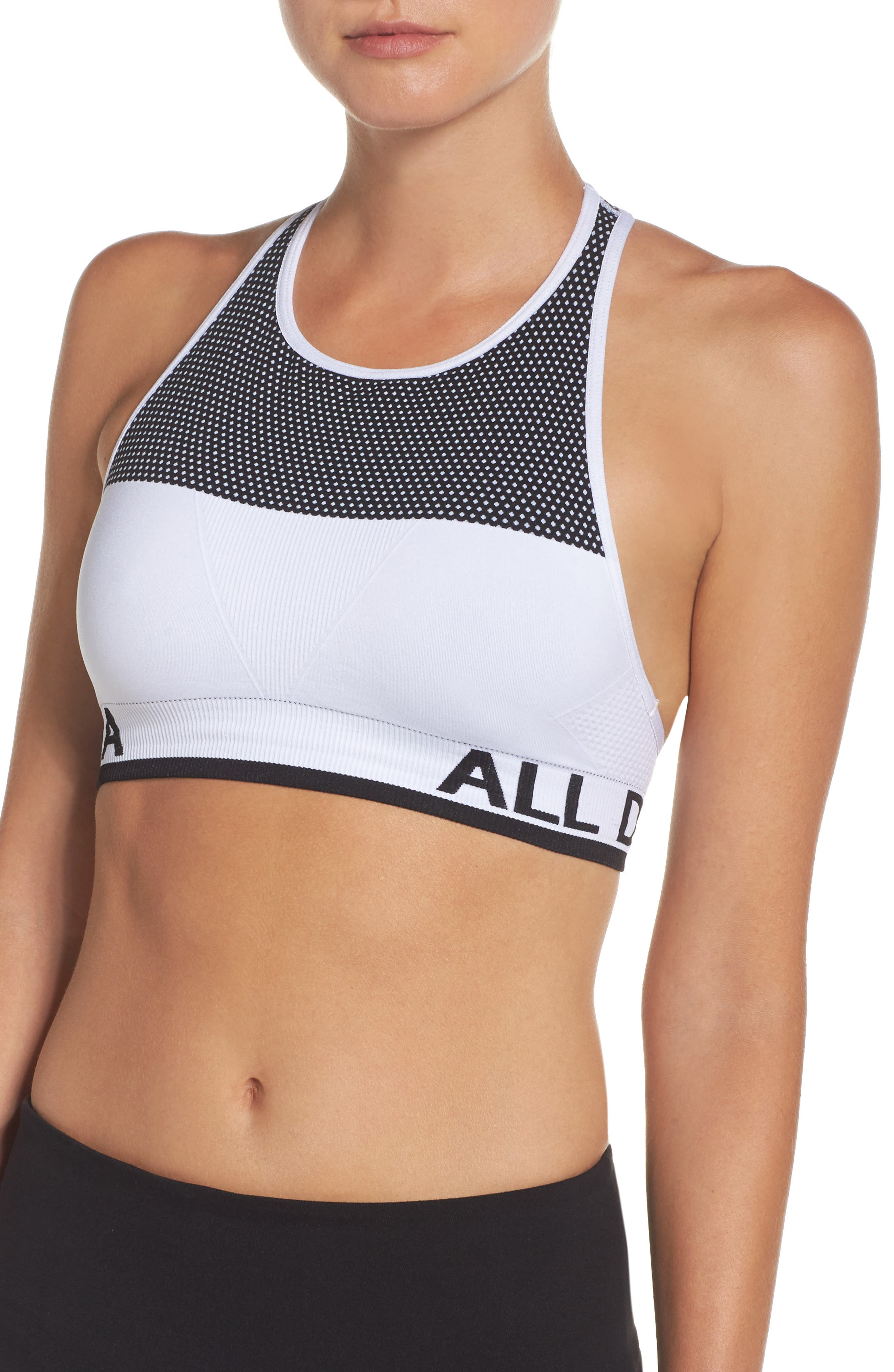 Ace Seamless Sports Bra,                         Main,                         color, 100