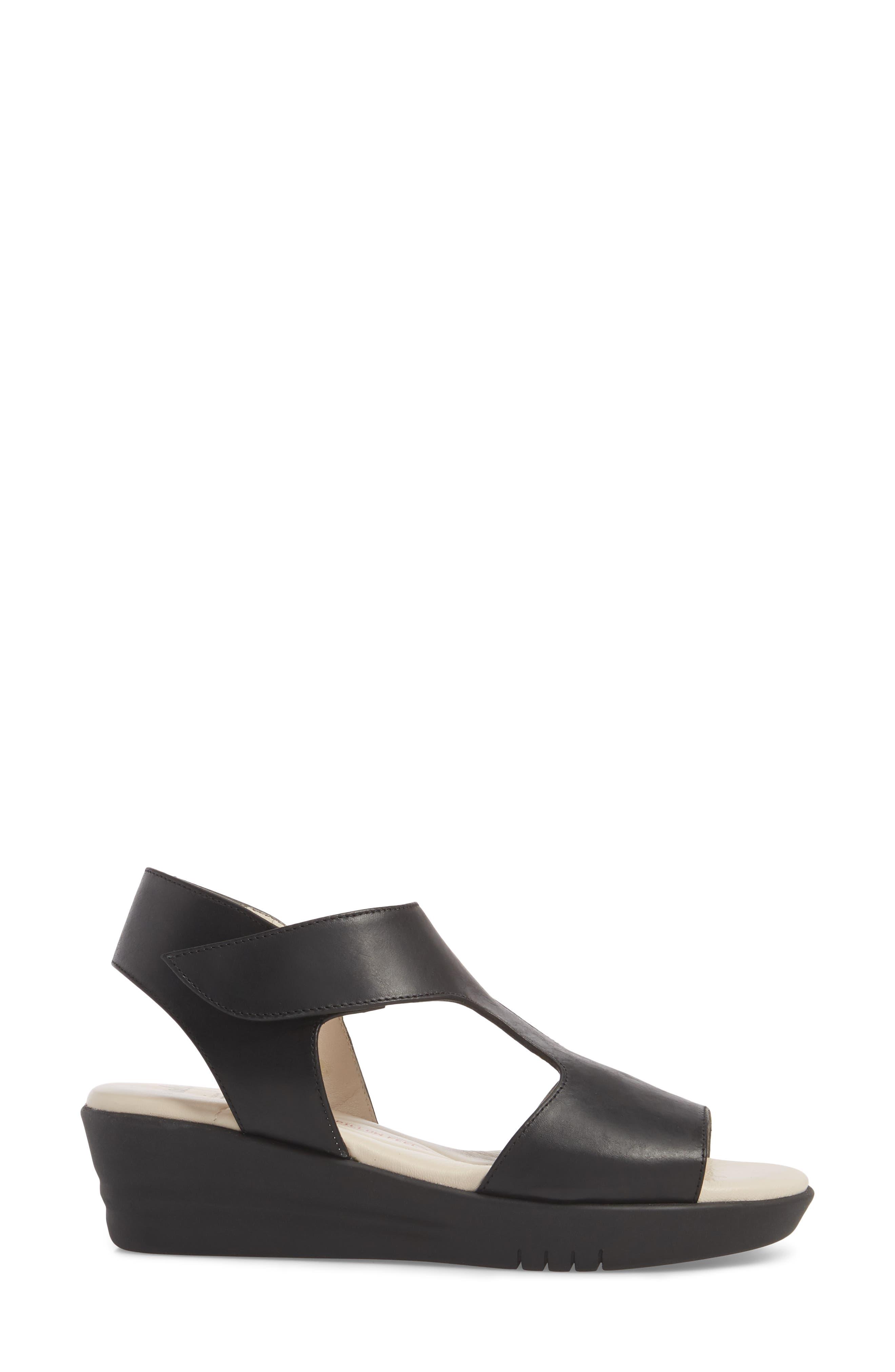 Gabby Platform Sandal,                             Alternate thumbnail 3, color,                             BLACK LEATHER