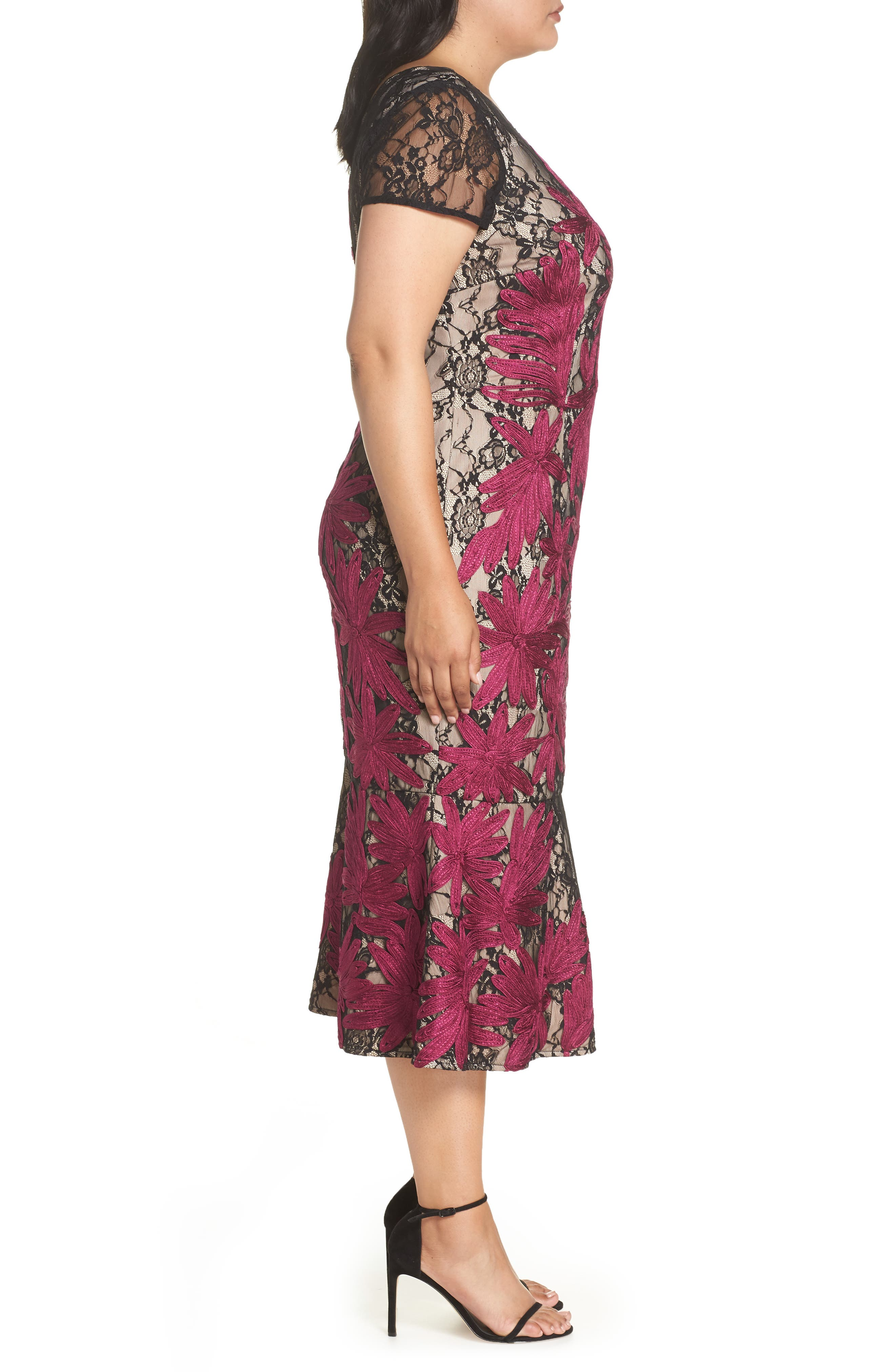 Two Tone Embroidered Lace Dress,                             Alternate thumbnail 3, color,                             BLACK/ MAGENTA