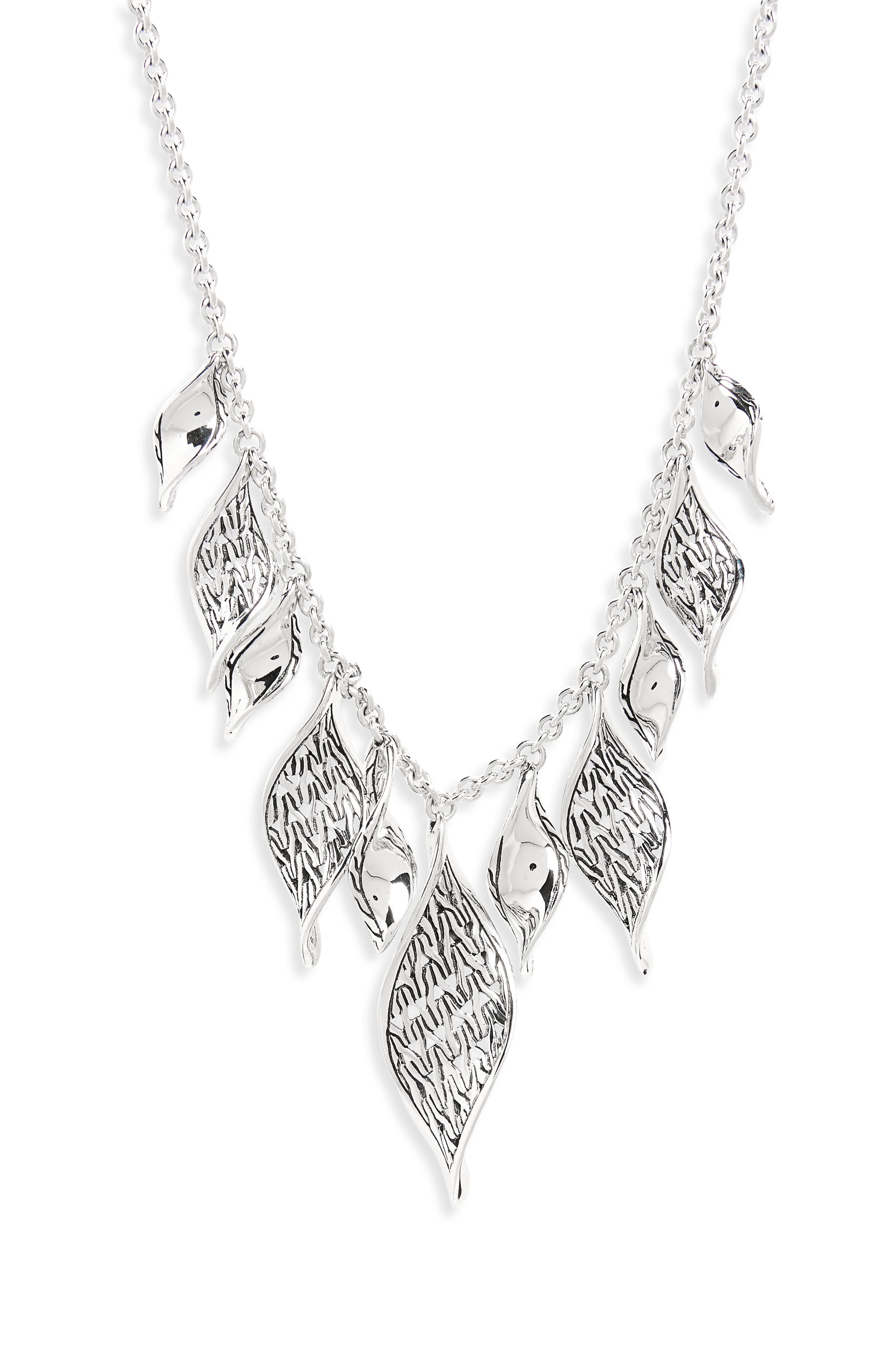 Classic Chain Wave Necklace,                         Main,                         color, SILVER
