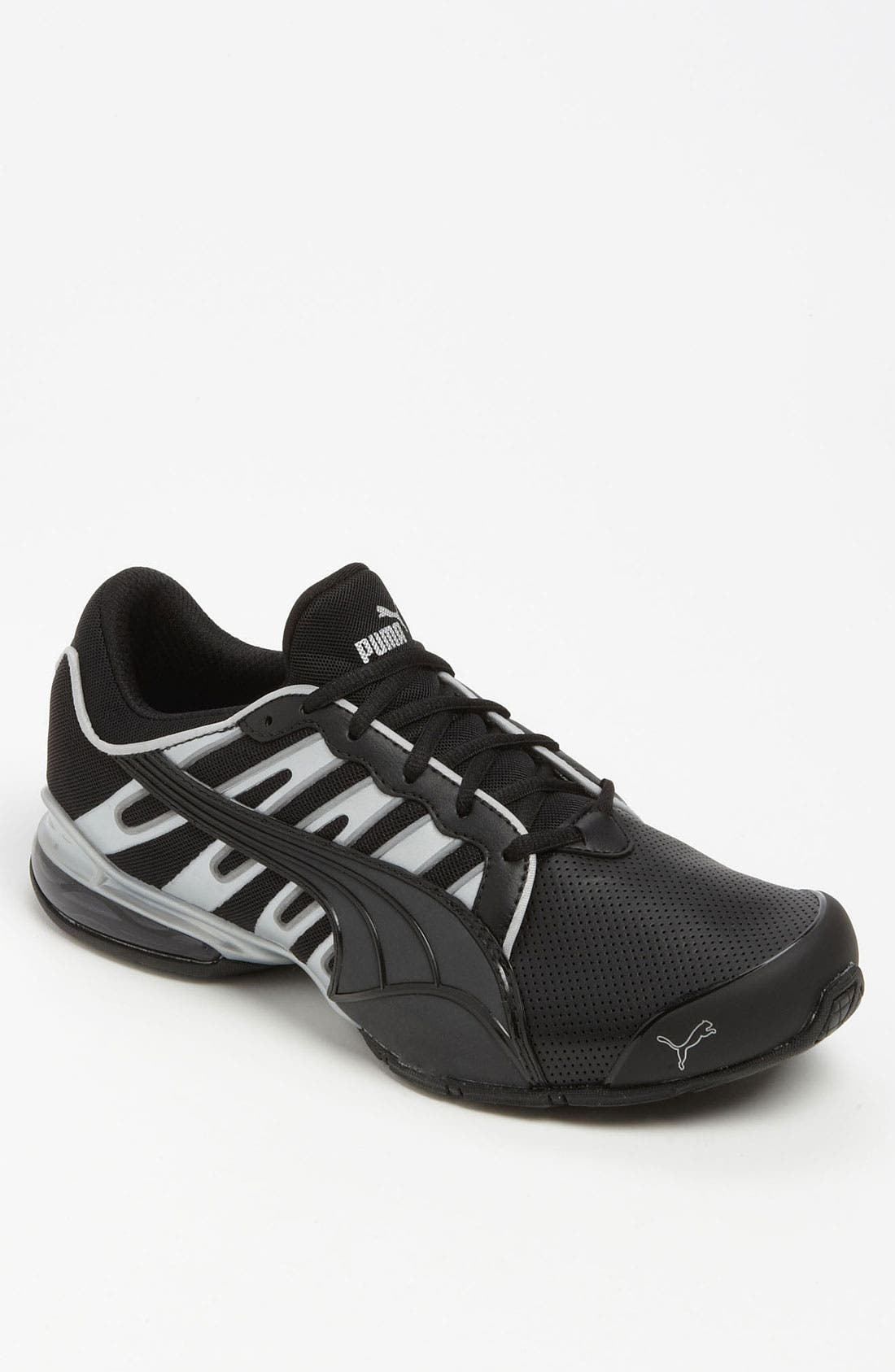 'Voltaic 3' Running Shoe, Main, color, 001