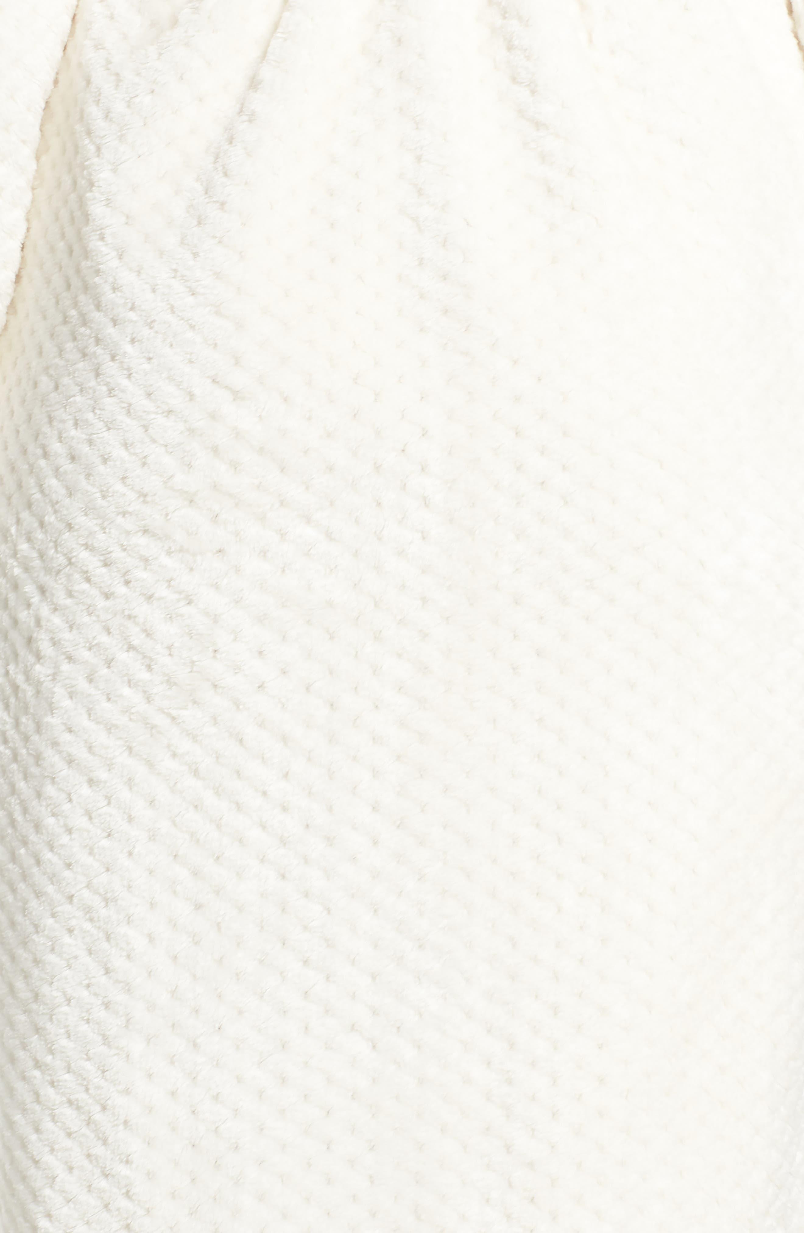 Nordstrom So Soft Plush Robe,                             Alternate thumbnail 15, color,