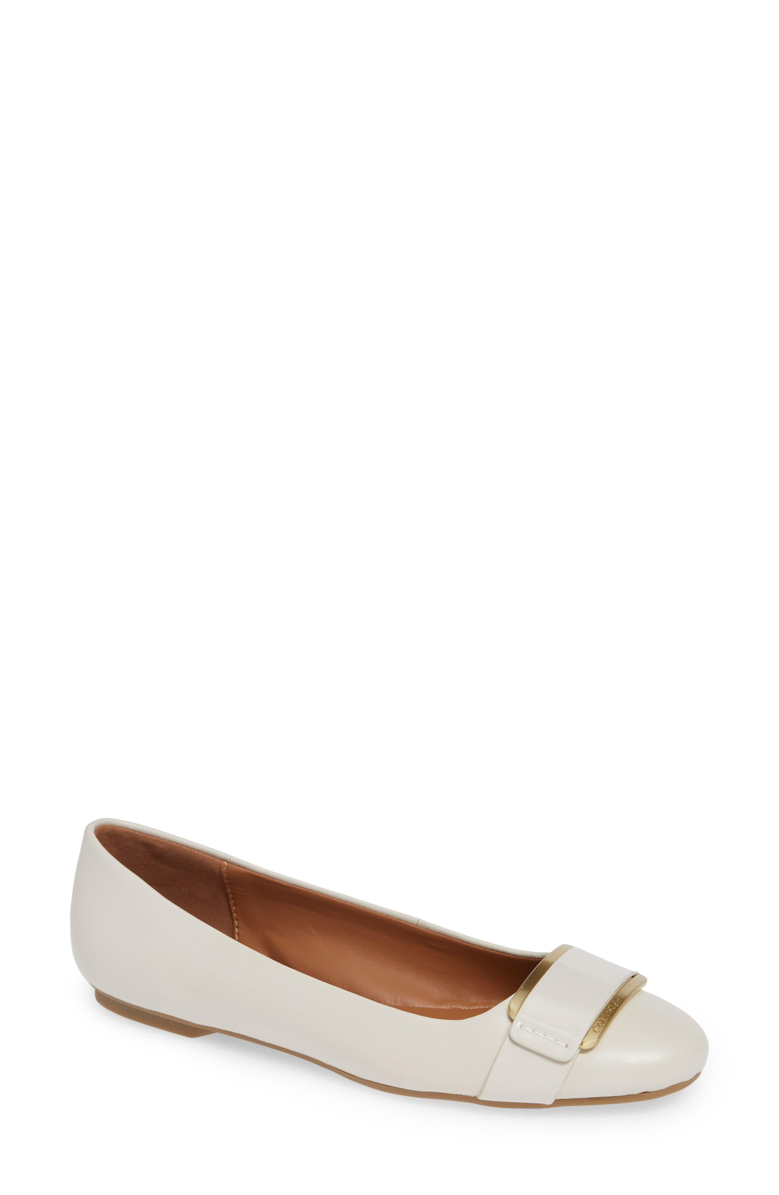 Calvin Klein Oneta Ballet Flat, White