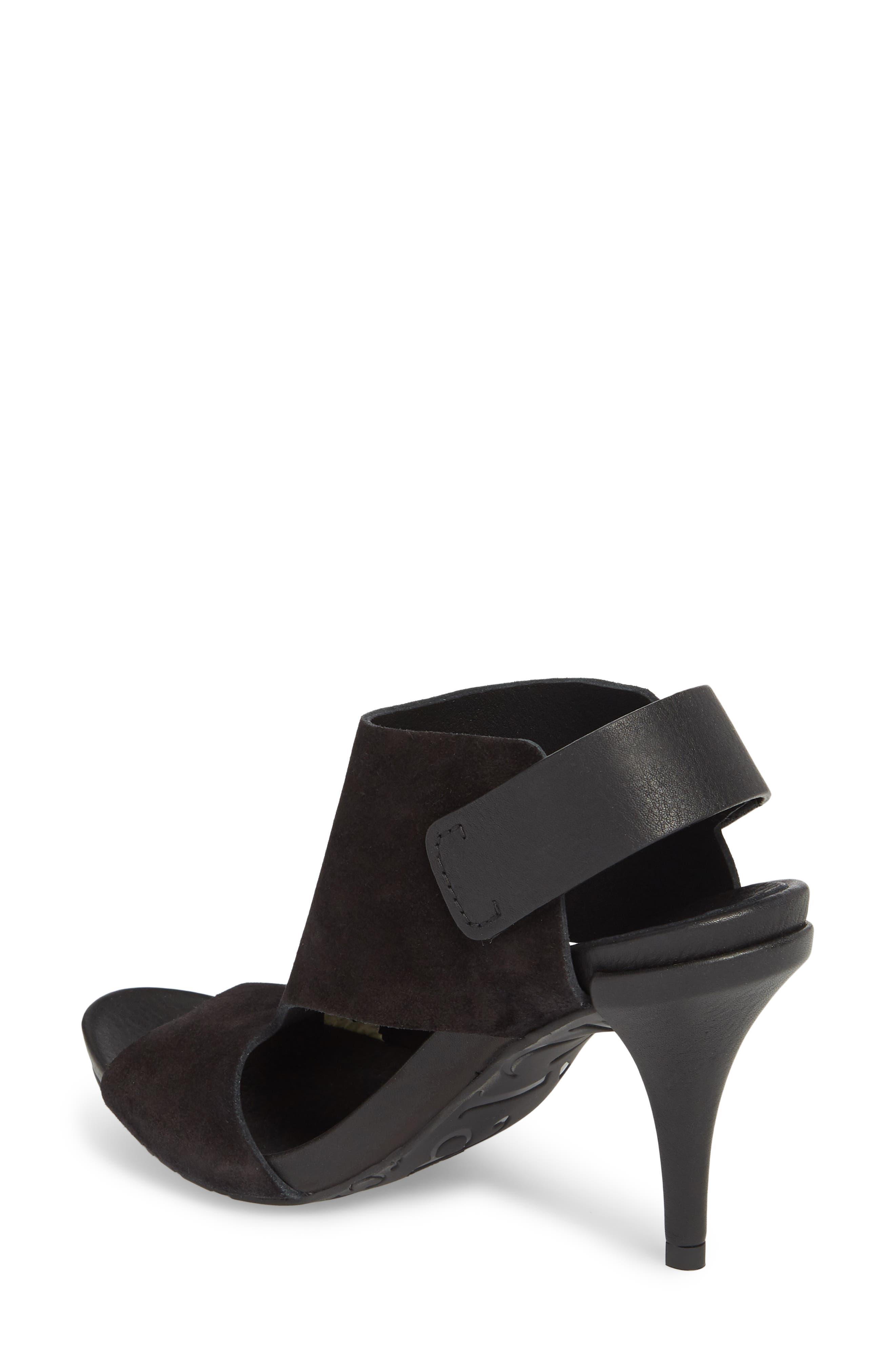 Yimina Cutout Sandal,                             Alternate thumbnail 2, color,                             BLACK
