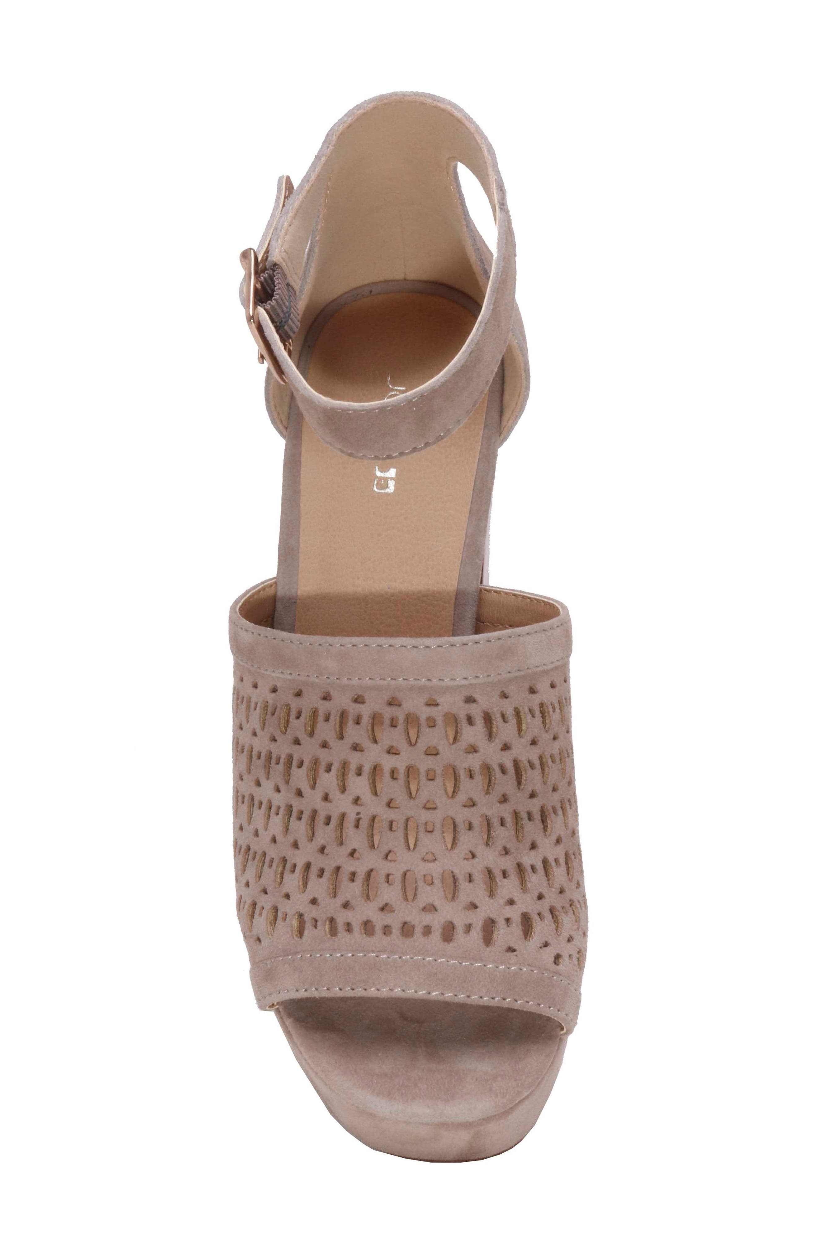 Lorne Platform Sandal,                             Alternate thumbnail 8, color,