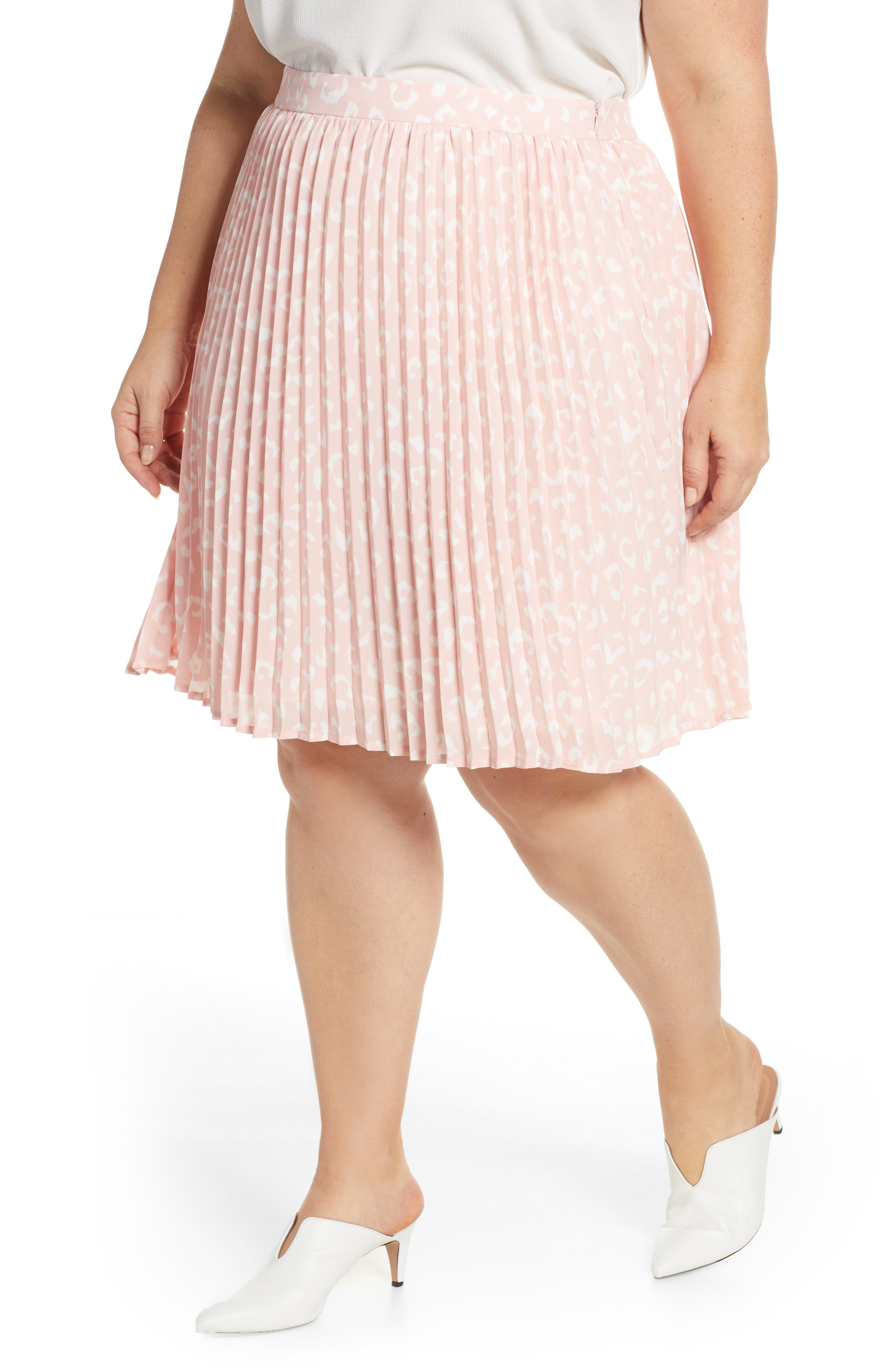 Plus Size Gibson X International Day Thamarr Pleated Skirt, Pink