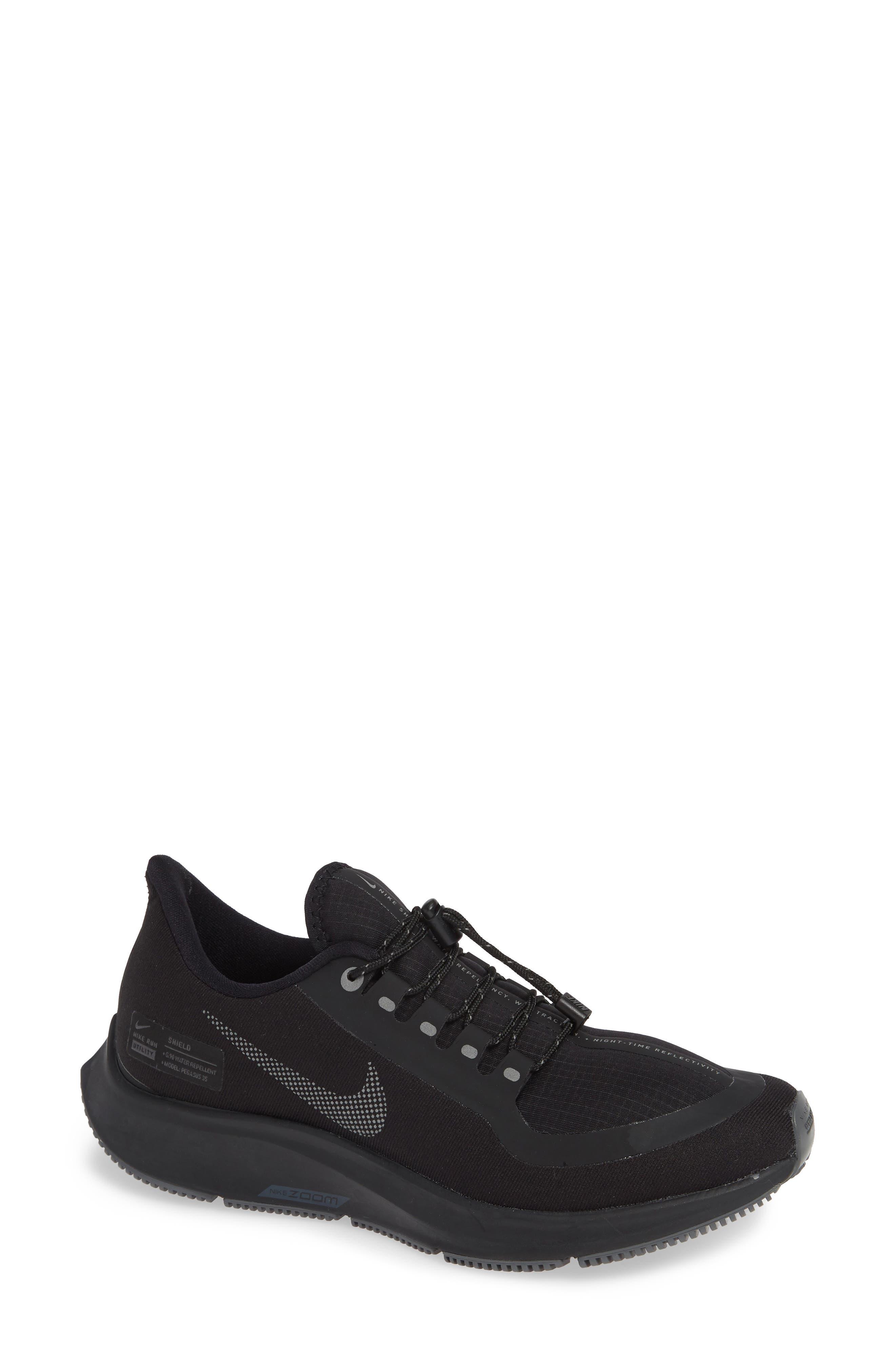 Air Zoom Pegasus 35 Shield Gs Water Repellent Running Shoe in Black/ Anthracite-Dark Grey