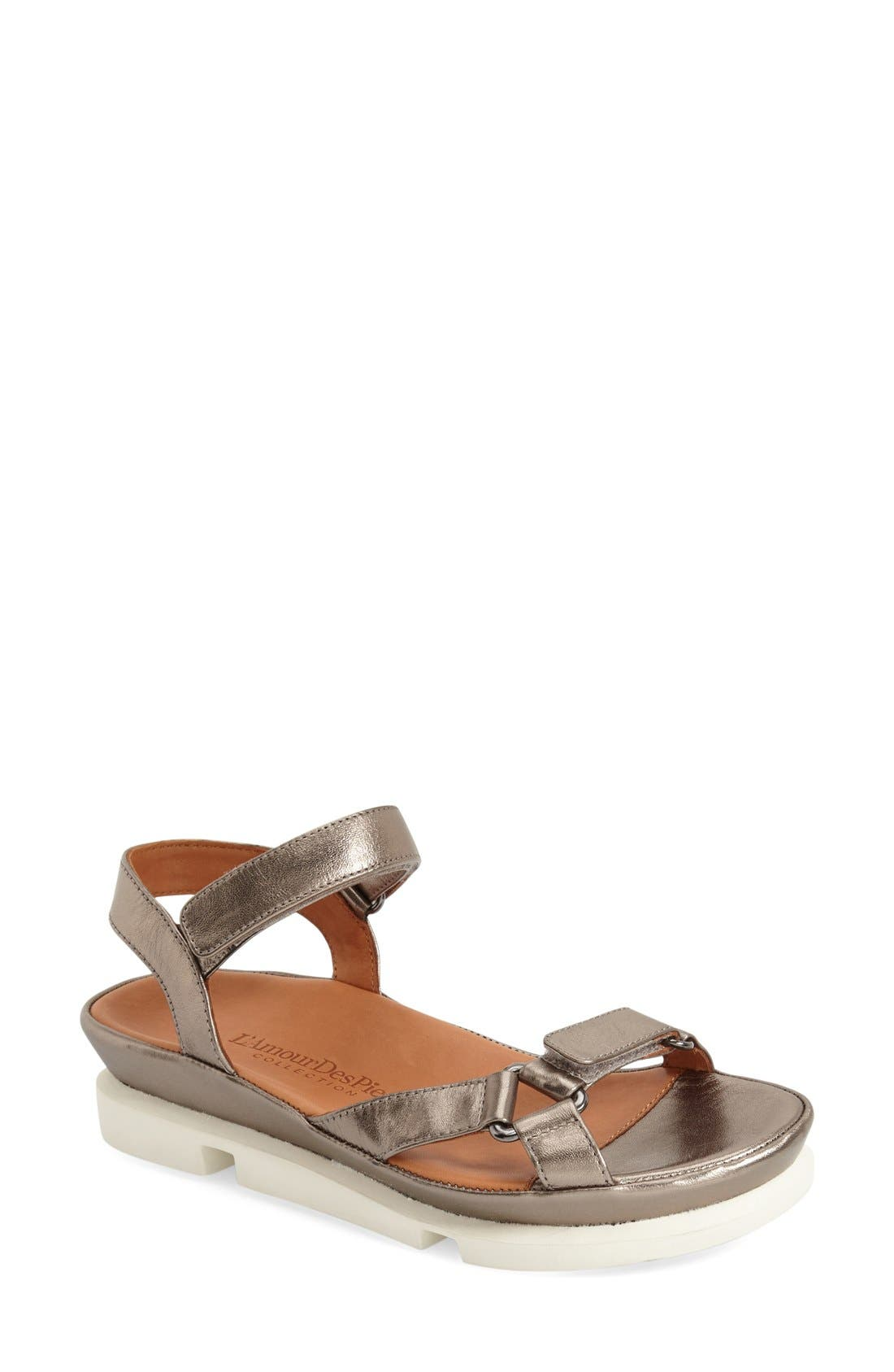 'Vasey' Sandal,                         Main,                         color, 060