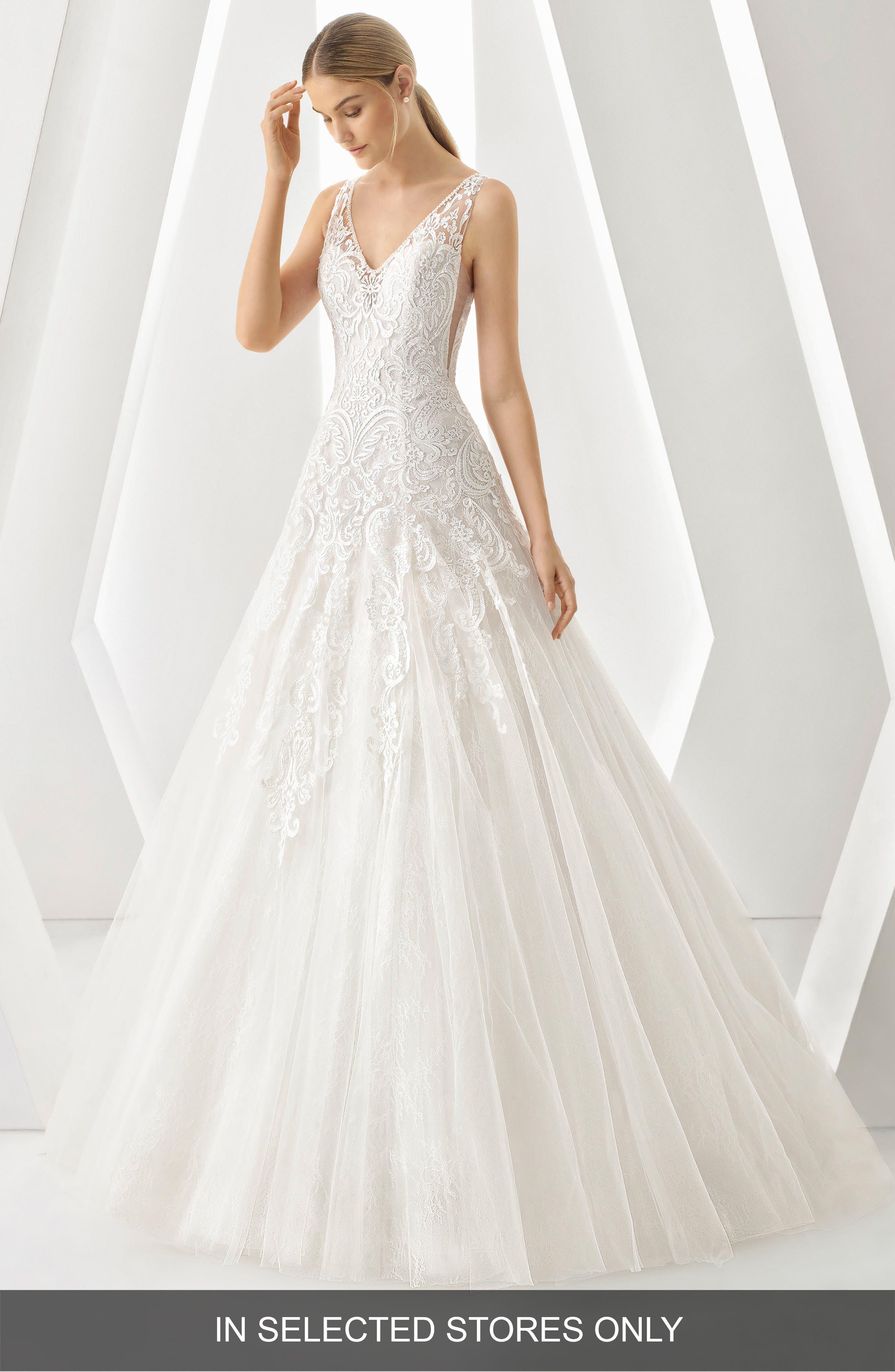 Rosa Clará Denar V-Neck Lace & Tulle Gown,                         Main,                         color, NATURAL
