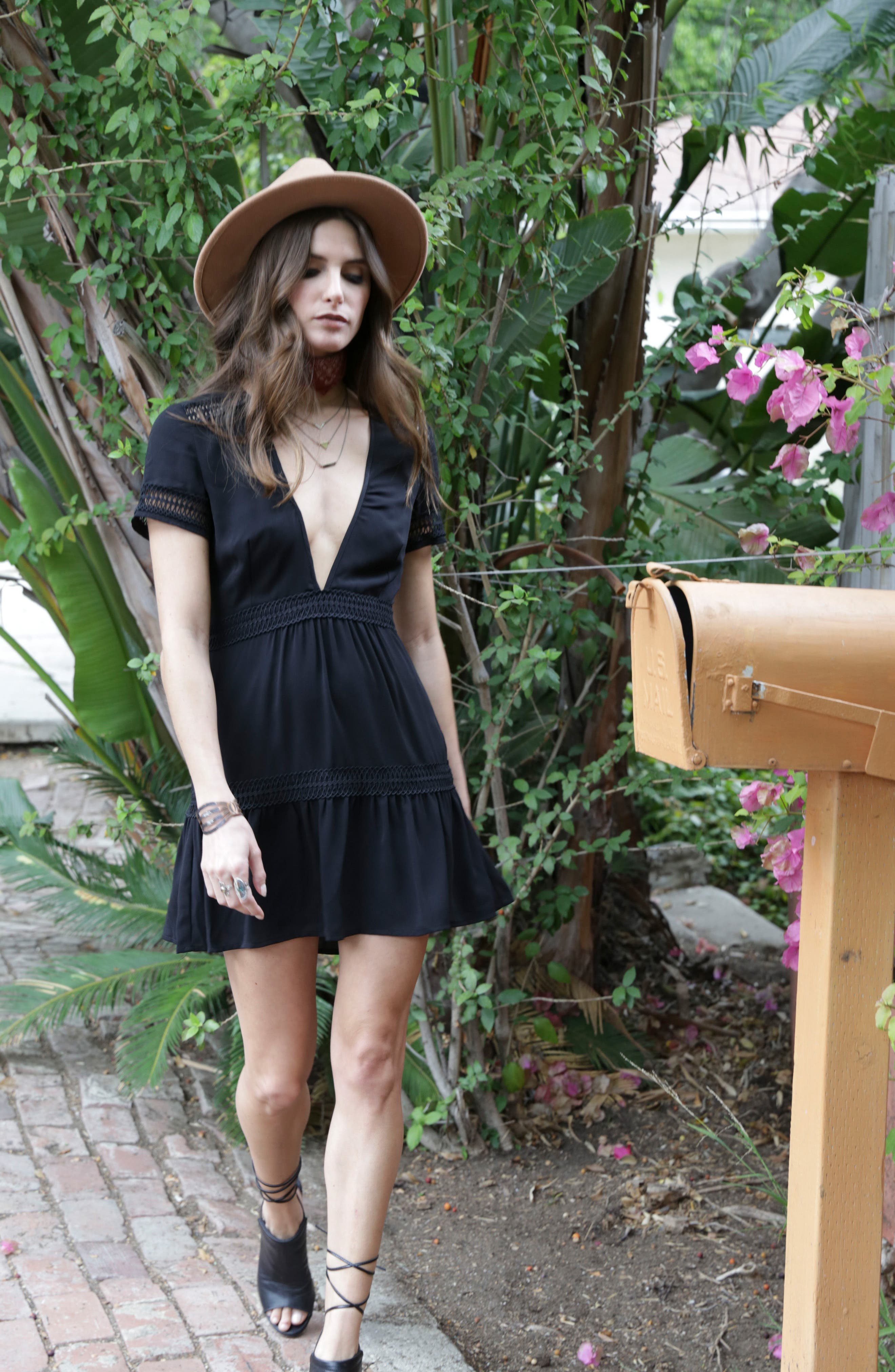 Take Hold Tiered Dress,                             Alternate thumbnail 7, color,                             001
