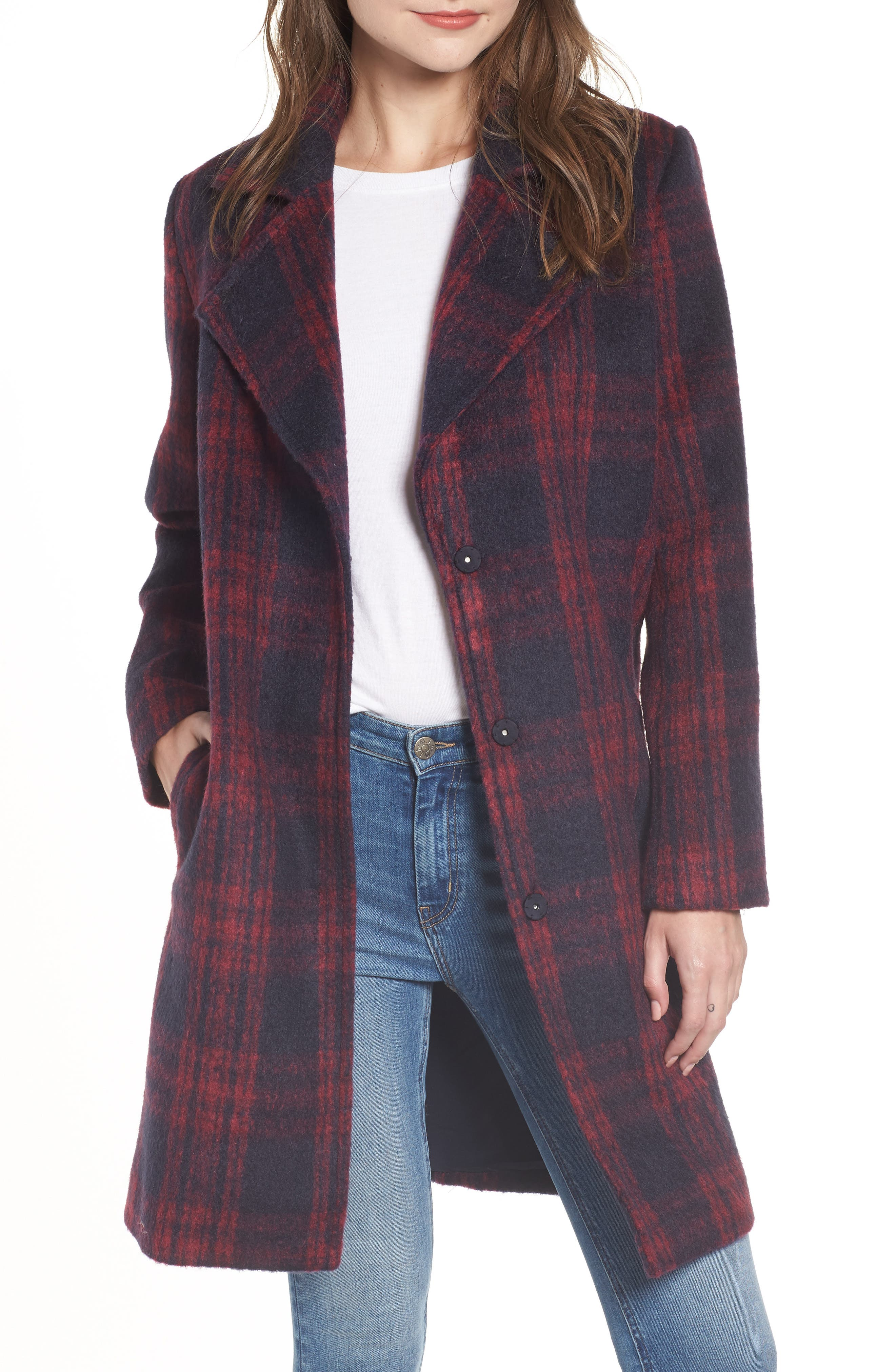 CUPCAKES AND CASHMERE Aldean Plaid Snap-Front Long Coat in Red Velvet
