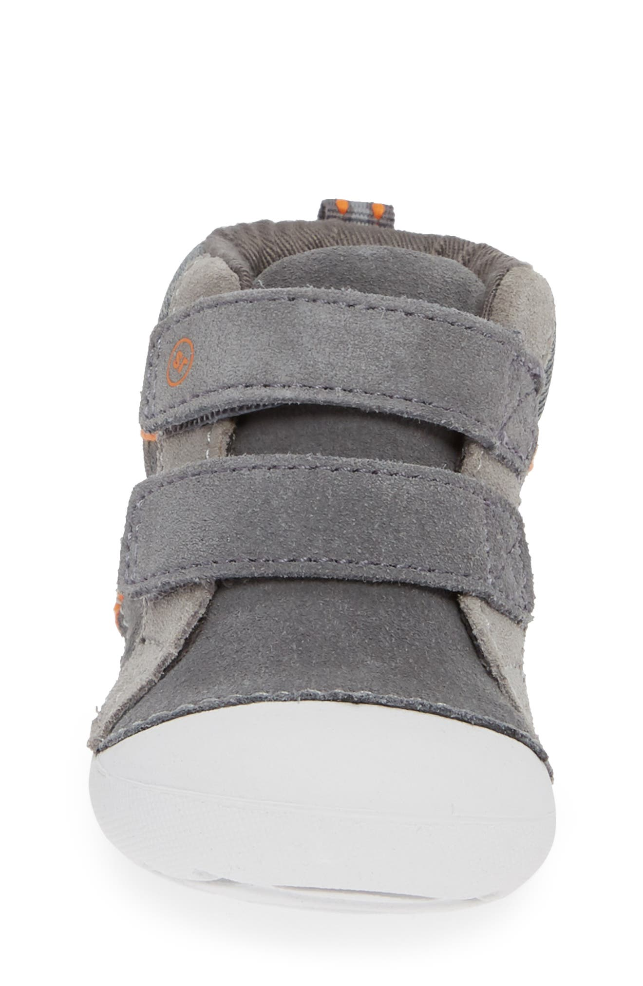 Soft Motion<sup>™</sup> Milo High Top Sneaker,                             Alternate thumbnail 4, color,                             GREY