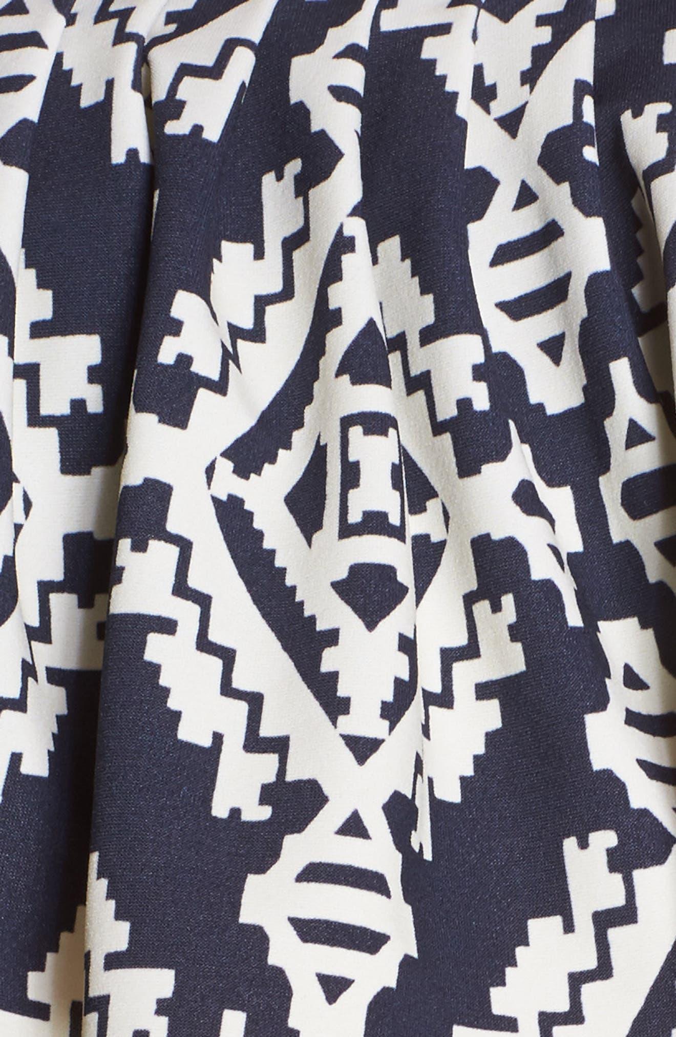 Geometric Print Flounce Bikini Top,                             Alternate thumbnail 5, color,                             433