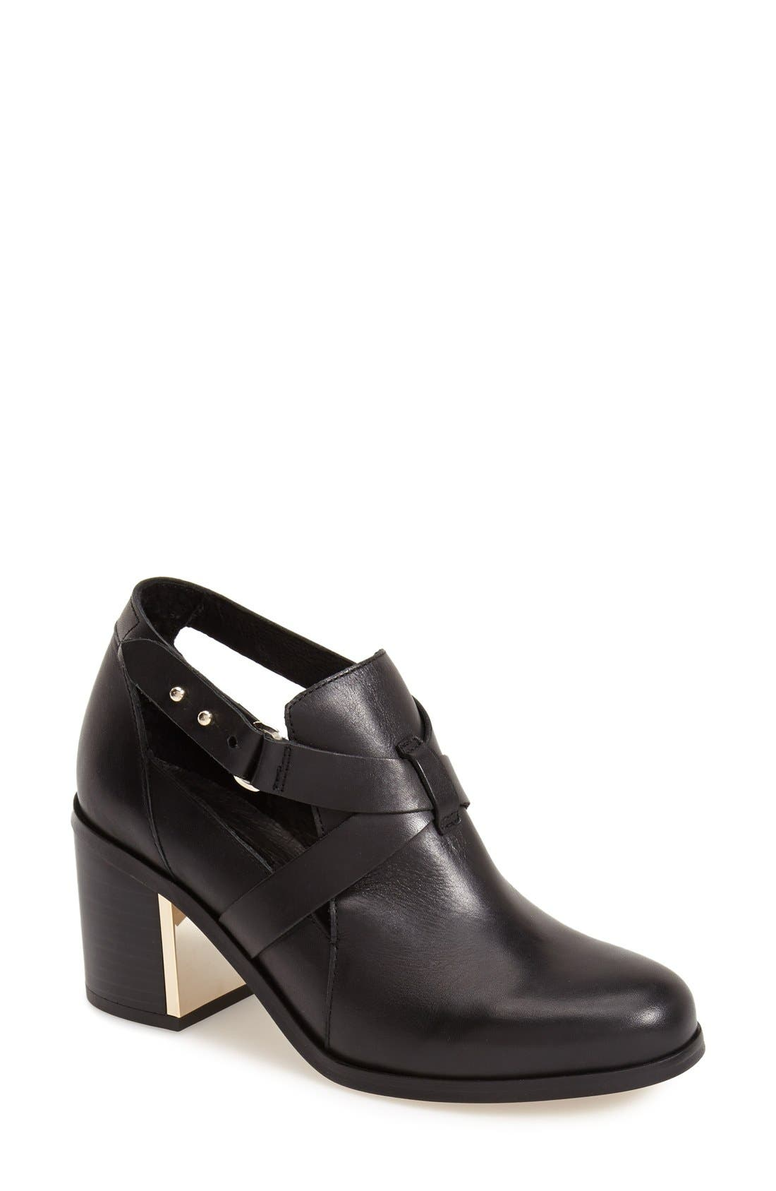 TOPSHOP 'Mirror' Crisscross Strap Leather Ankle Boot, Main, color, 001