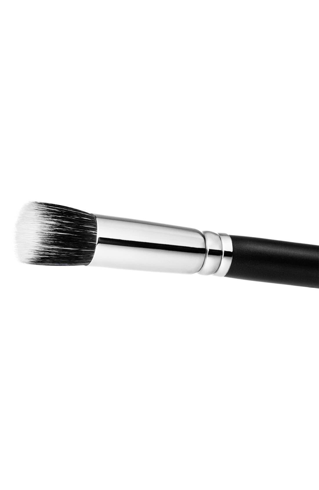 MAC 130 Short Duo Fibre Brush,                             Alternate thumbnail 3, color,                             000