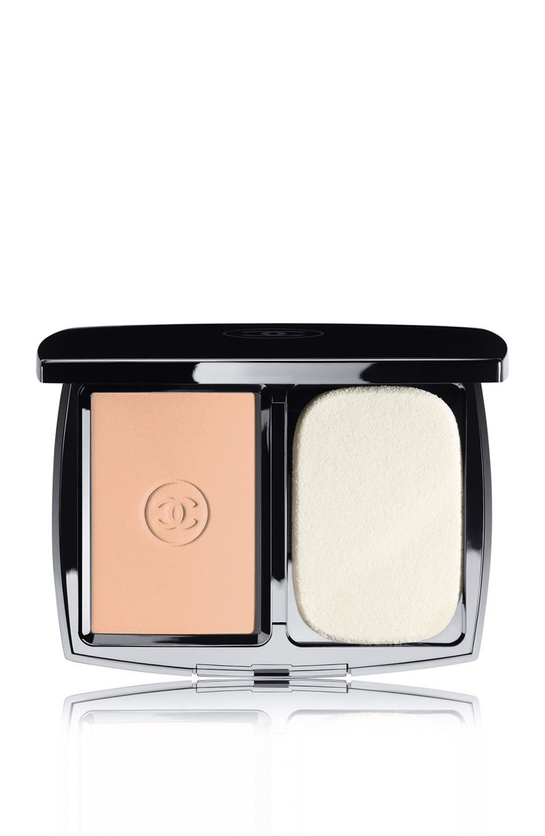 DOUBLE PERFECTION LUMIÈRE<br />Long-Wear Flawless Sunscreen Powder Makeup Broad Spectrum SPF 15,                             Main thumbnail 5, color,