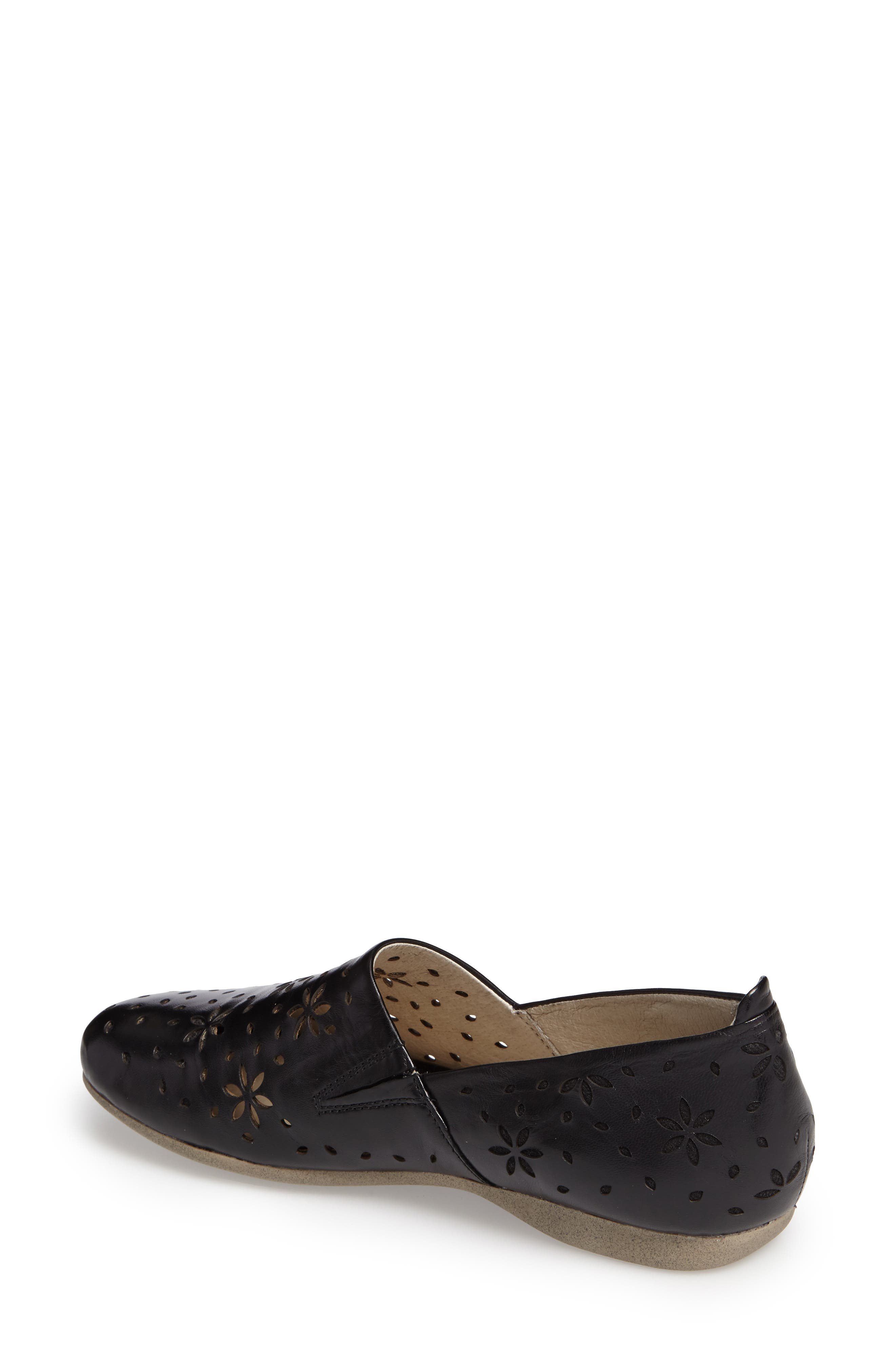 Fiona 31 Perforated Flat,                             Alternate thumbnail 4, color,