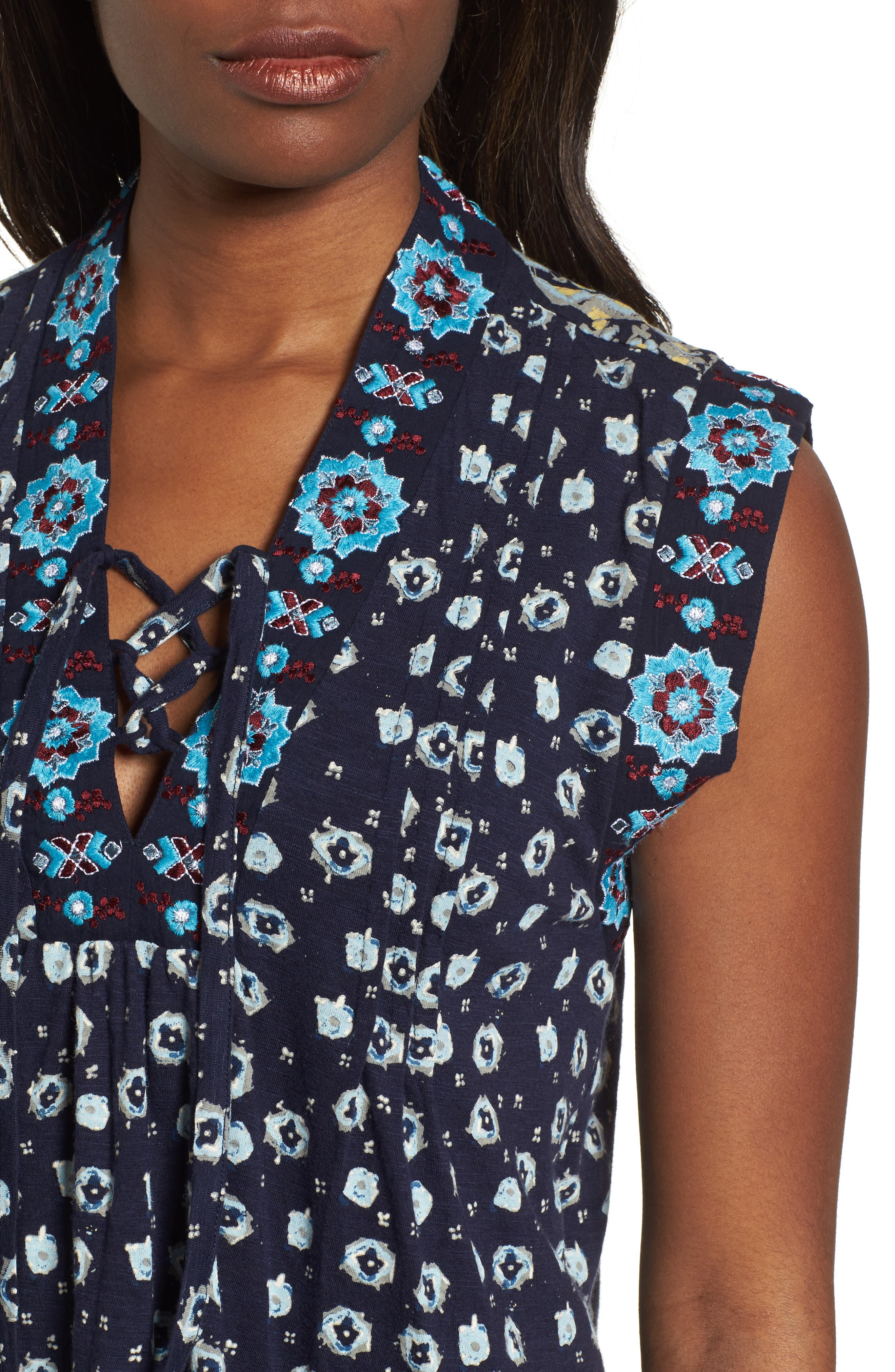 Lace-Up Printed Top,                             Alternate thumbnail 4, color,                             400