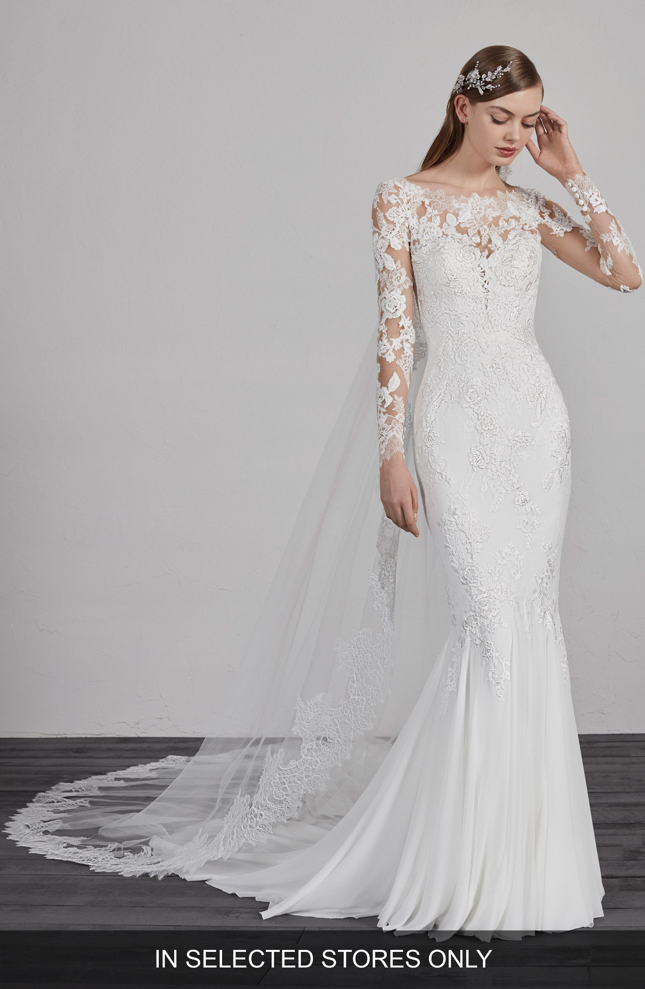 Esperanza Illusion Lace Mermaid Gown,                         Main,                         color, OFF WH/ CRST