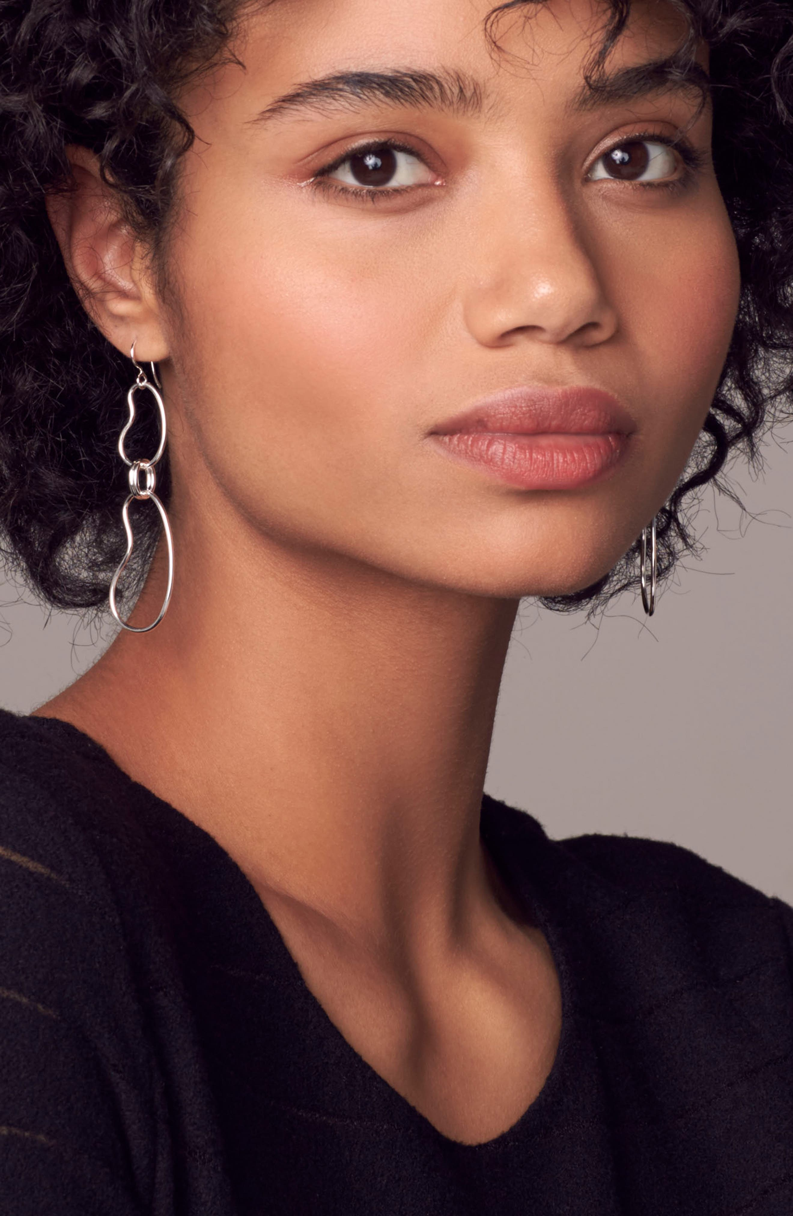 Classico Kidney Oval Link Earrings,                             Alternate thumbnail 3, color,                             040