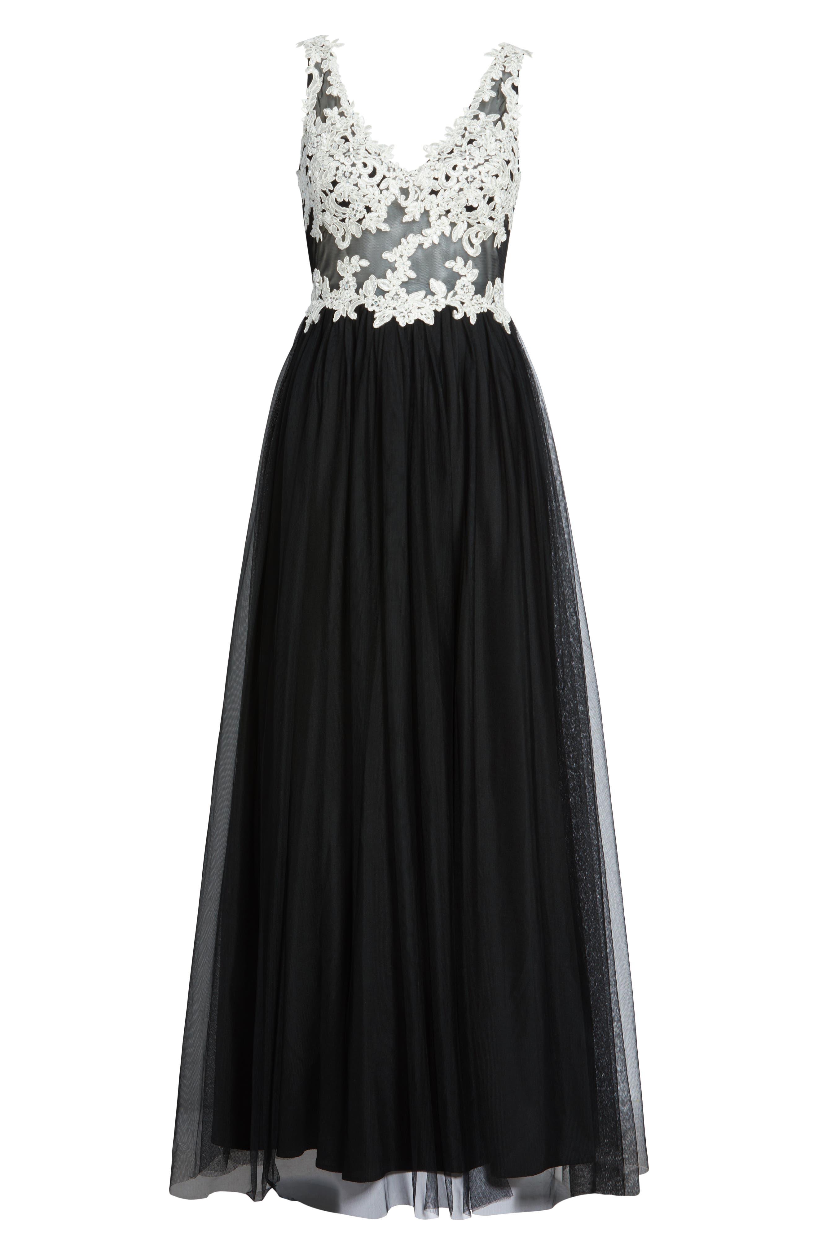 Floral Appliqué V-Neck Gown,                             Alternate thumbnail 7, color,                             BLACK/ WHITE
