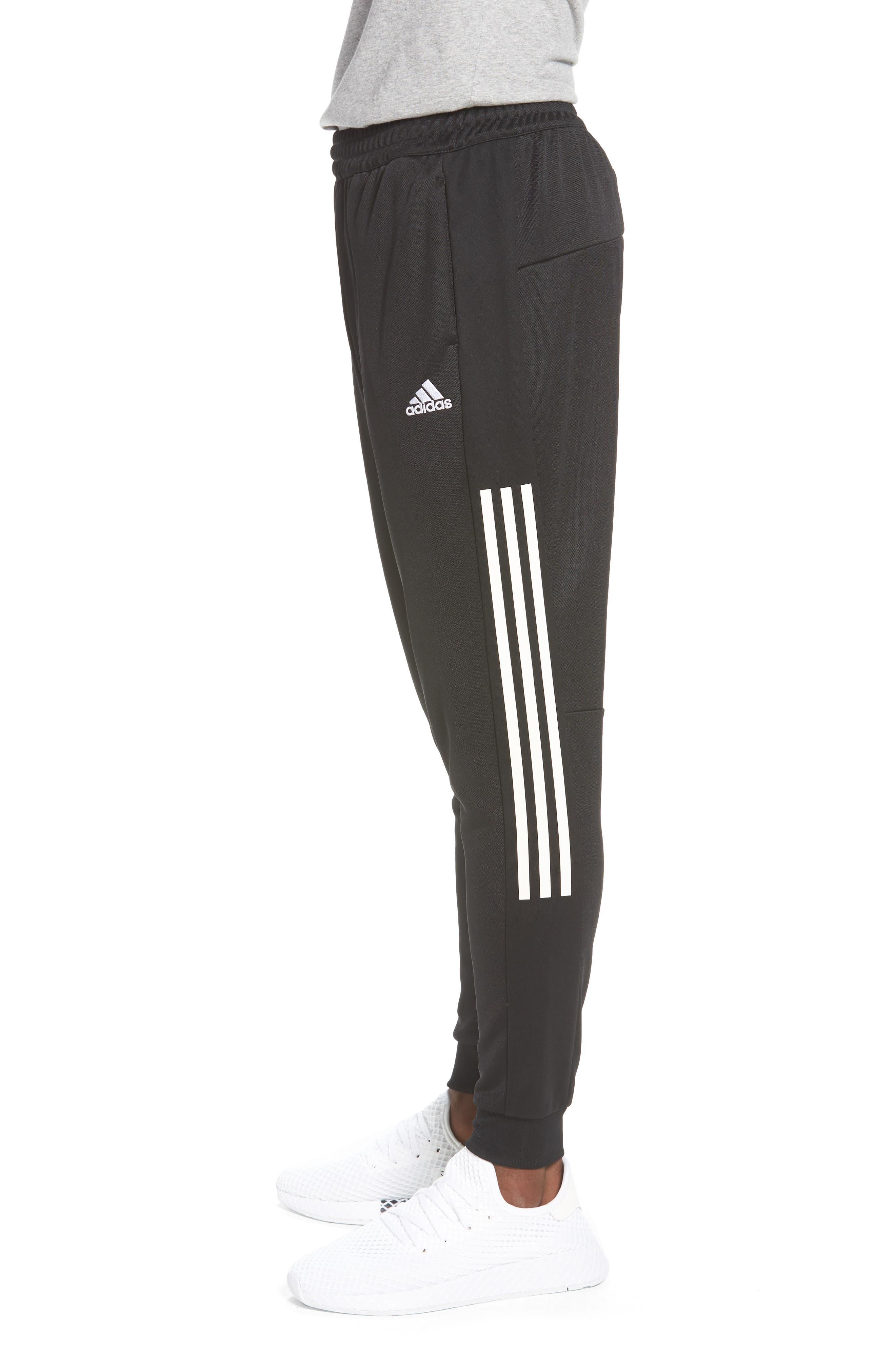 Casual Regular Fit Sweatpants,                             Alternate thumbnail 3, color,                             001