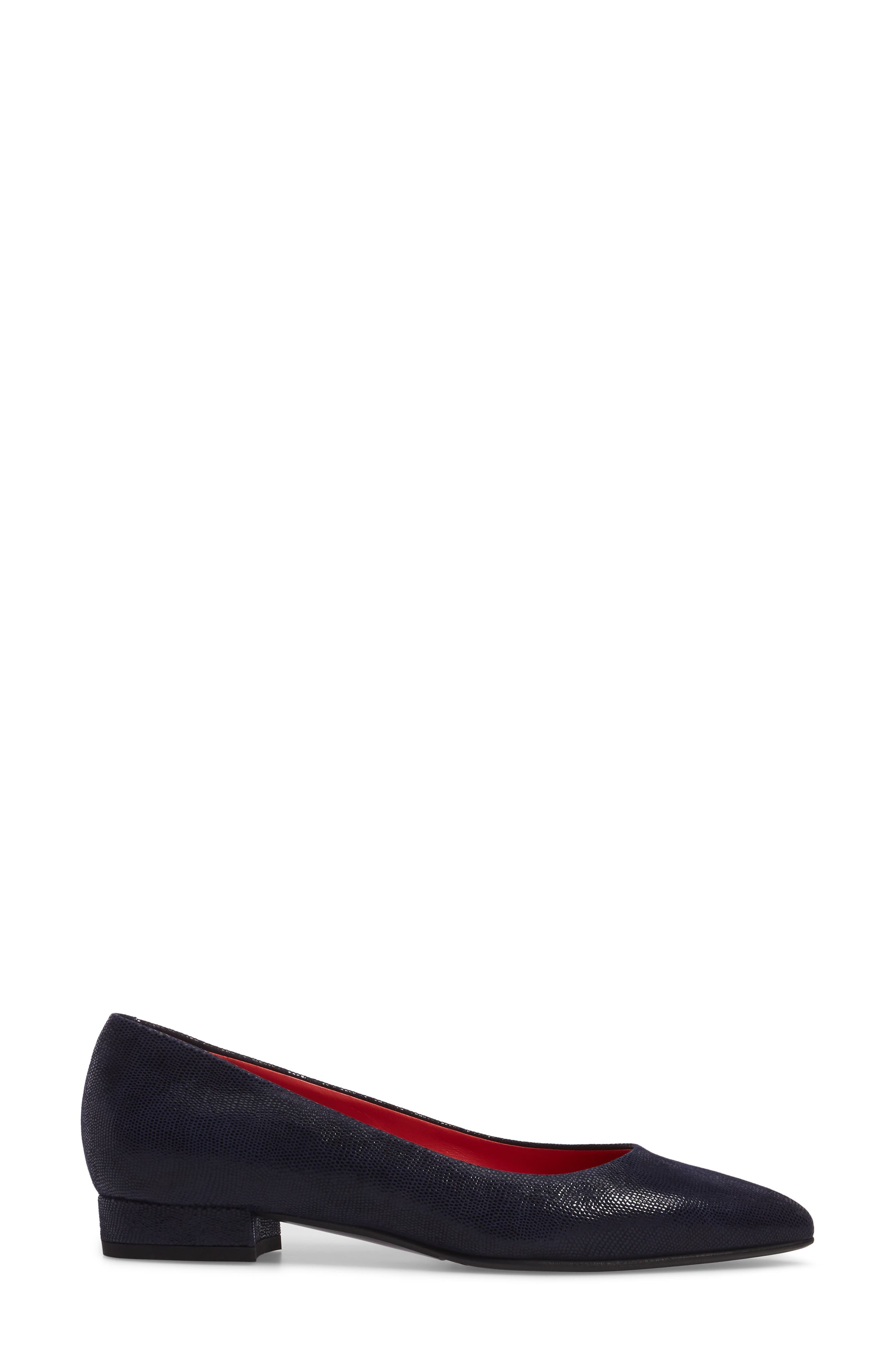 Pointy Toe Low Pump,                             Alternate thumbnail 9, color,