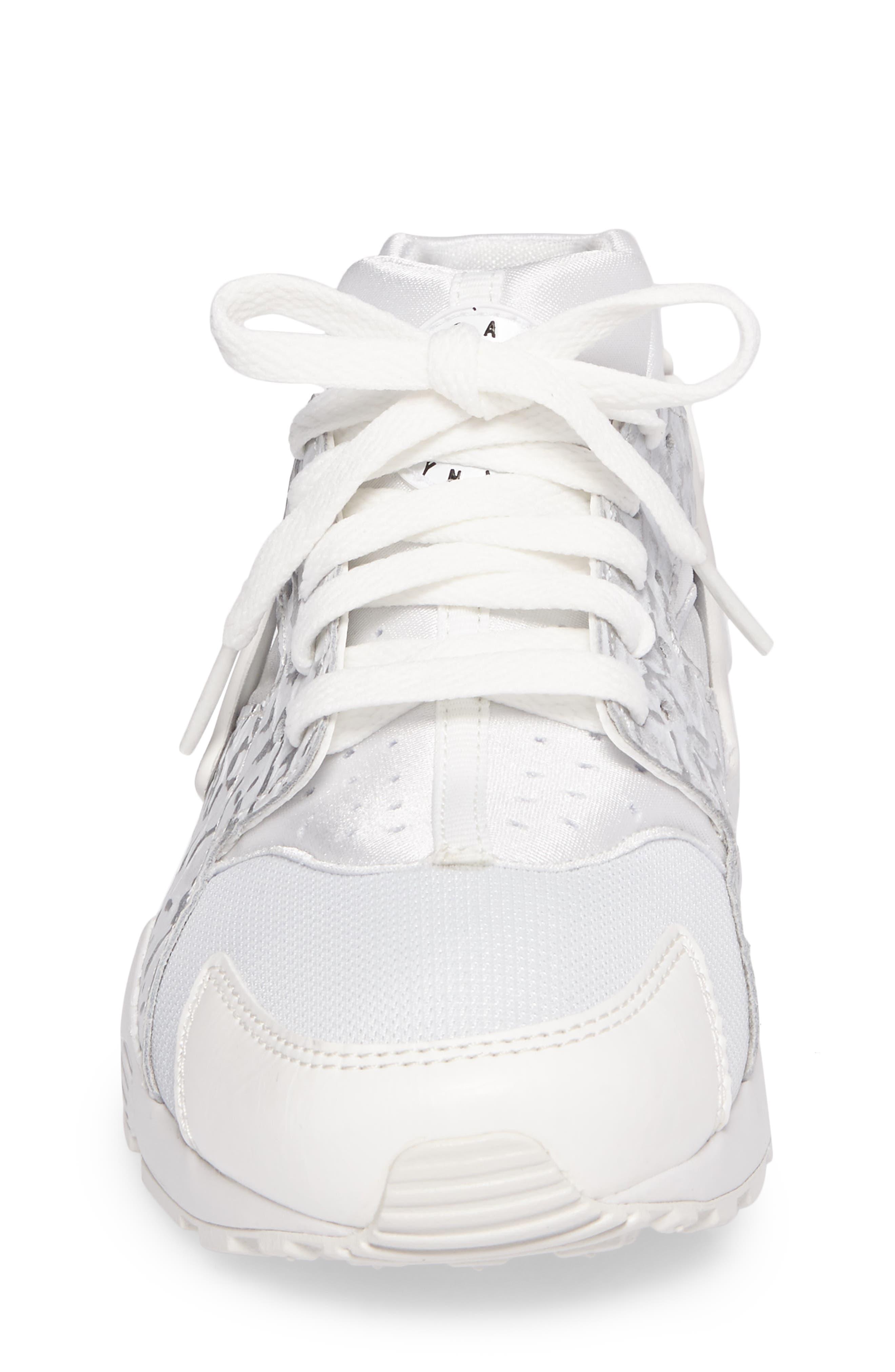 Huarache Run SE Sneaker,                             Alternate thumbnail 23, color,